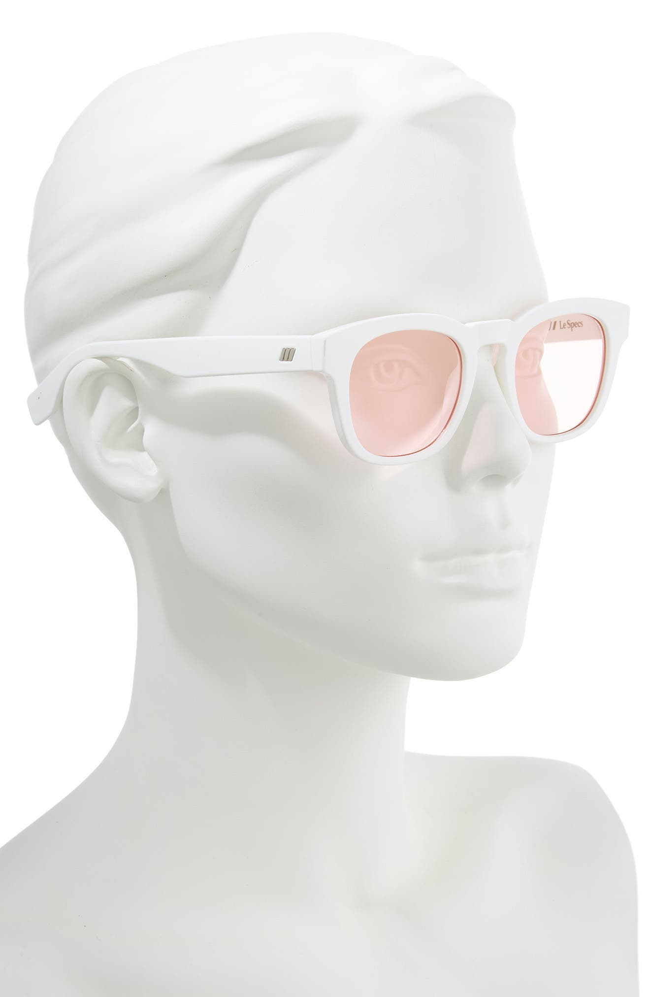 LE SPECS,                             Block Party 49mm Round Sunglasses,                             Alternate thumbnail 2, color,                             OPTIC WHITE