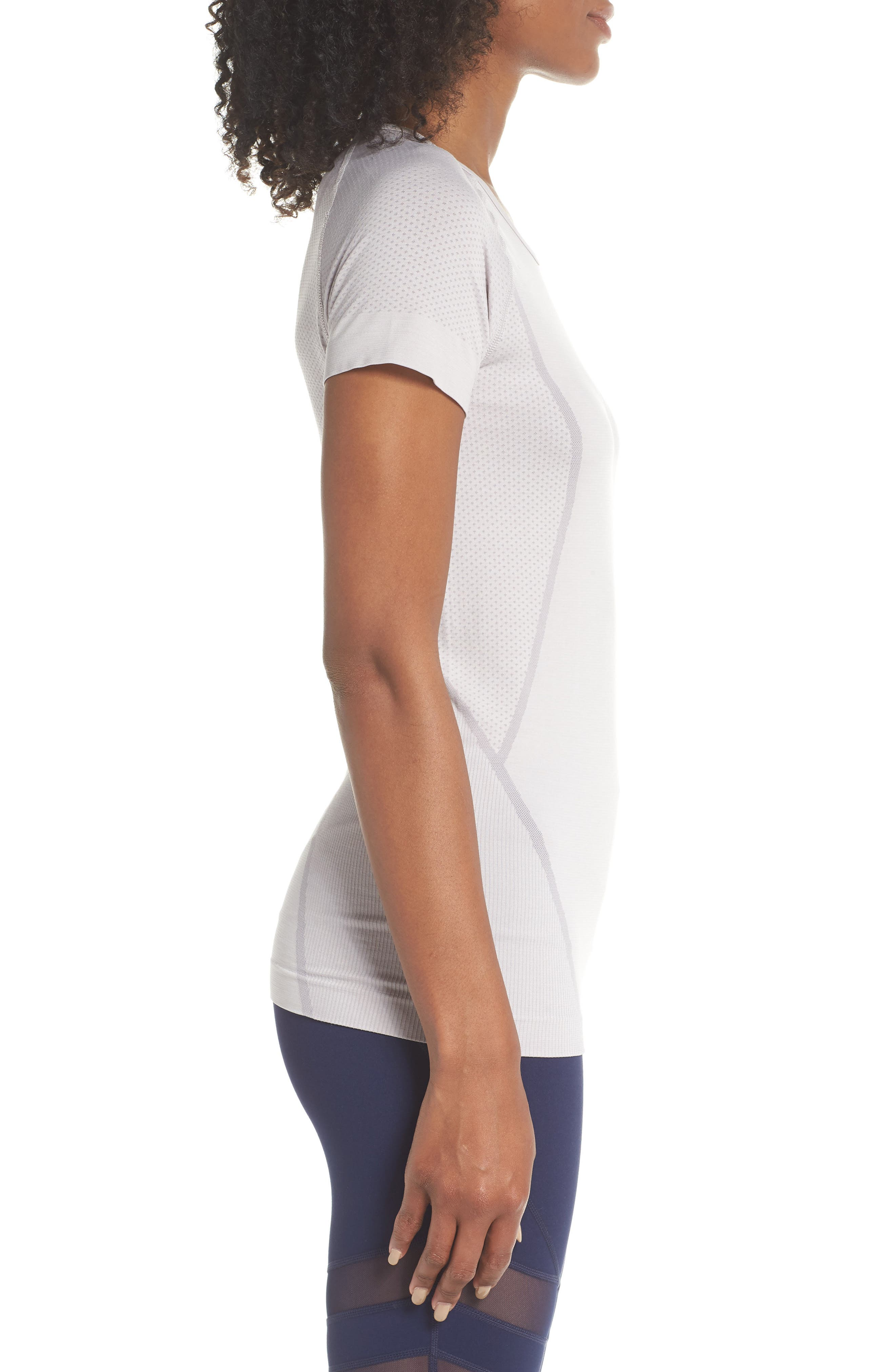 Stand Out Seamless Training Tee,                             Alternate thumbnail 3, color,                             GREY BIRD