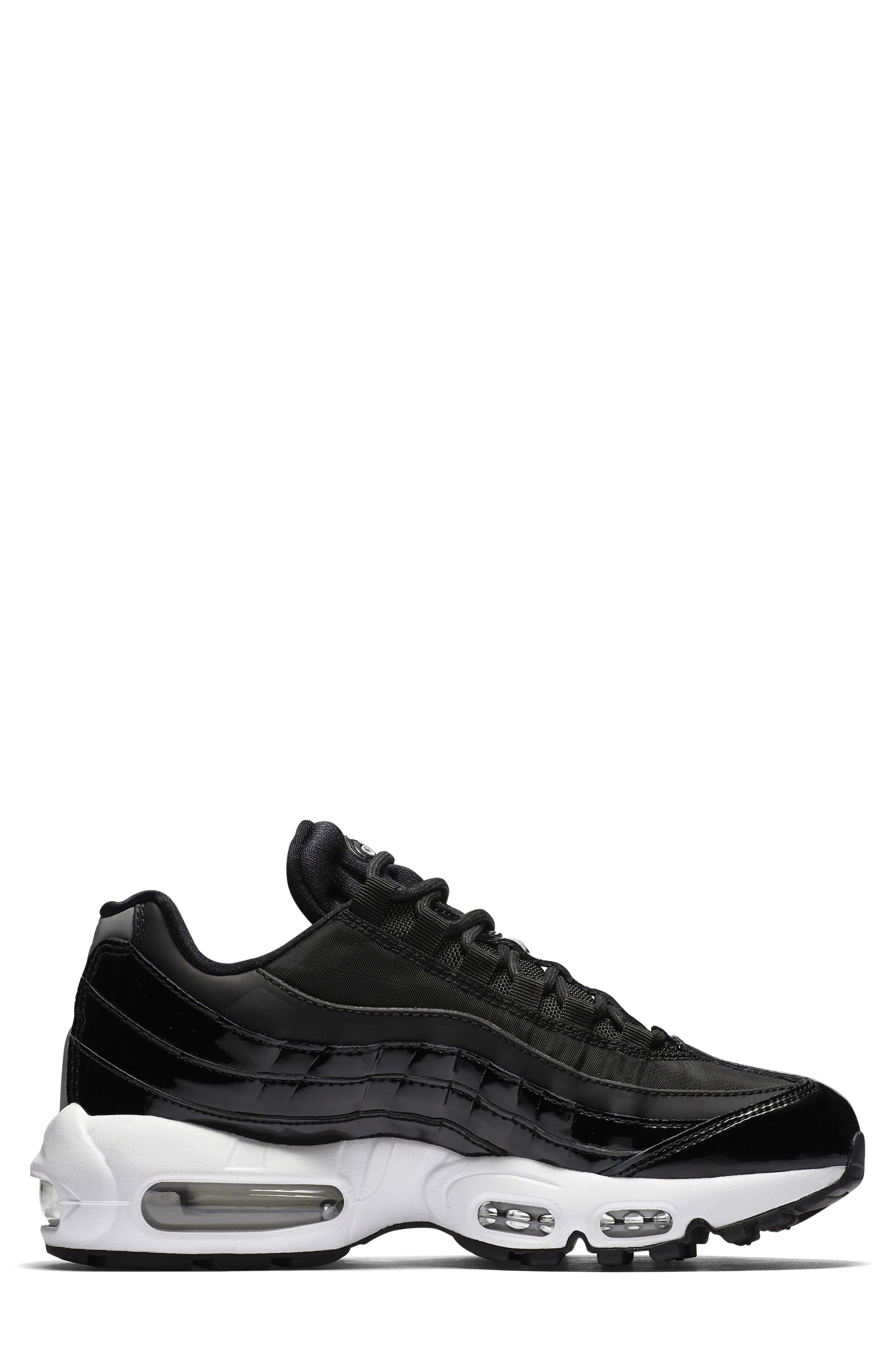 Air Max 95 Special Edition Running Shoe,                             Alternate thumbnail 3, color,                             001