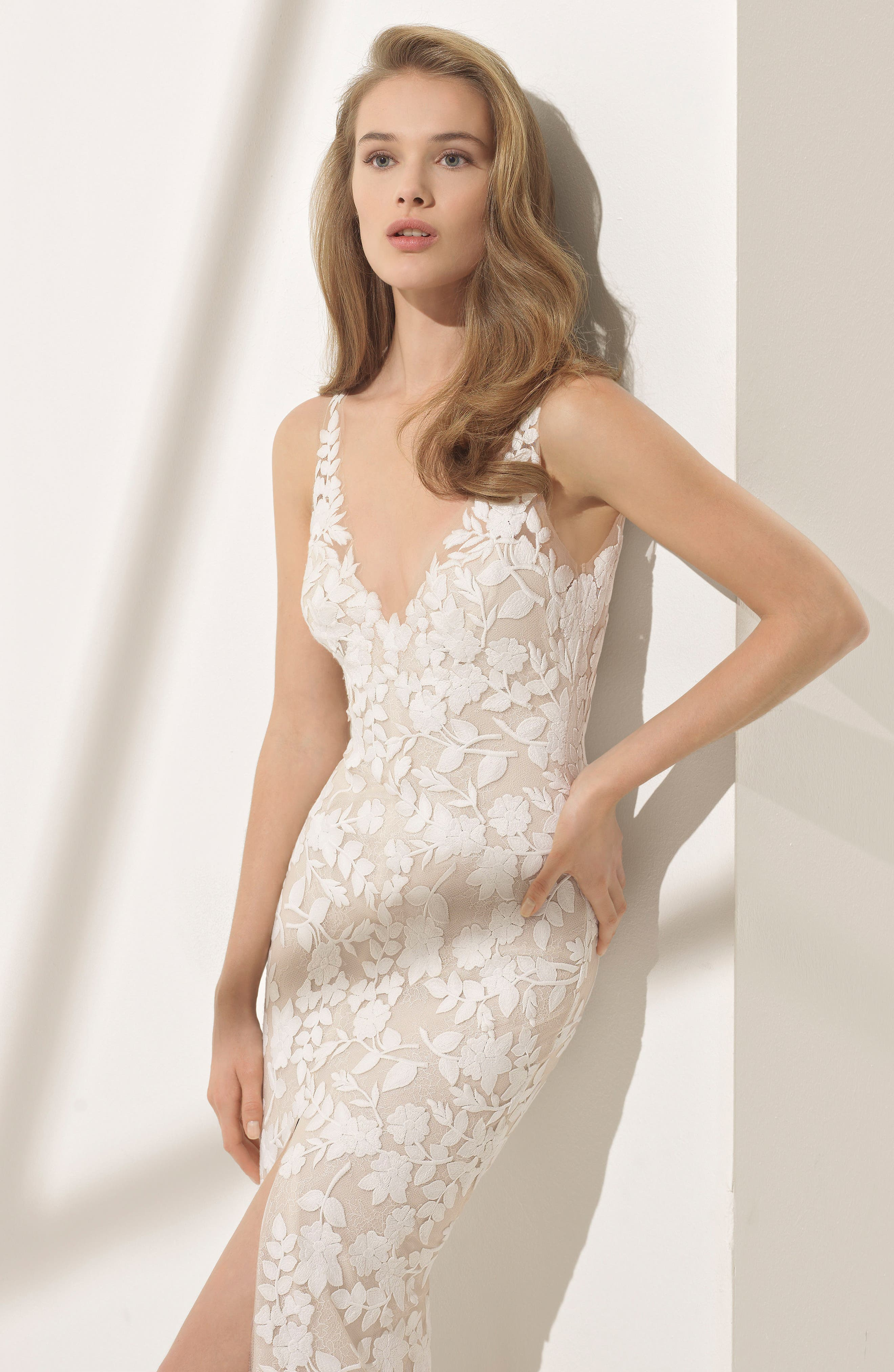Rosa Clará Couture Panal Guipure Lace Mermaid Gown,                             Alternate thumbnail 3, color,                             NATURAL/ NUDE