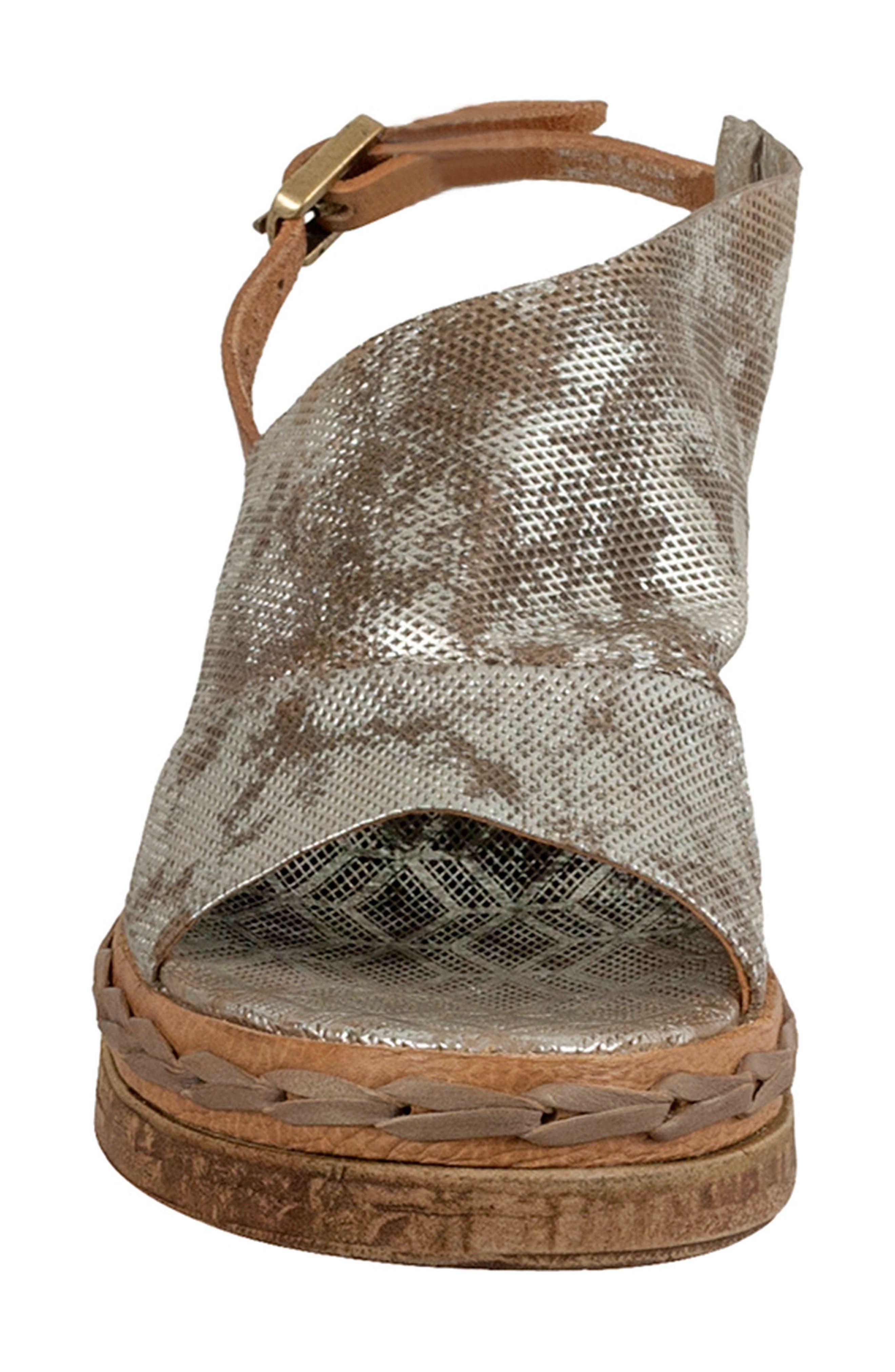 Lira Platform Sandal,                             Alternate thumbnail 4, color,                             042