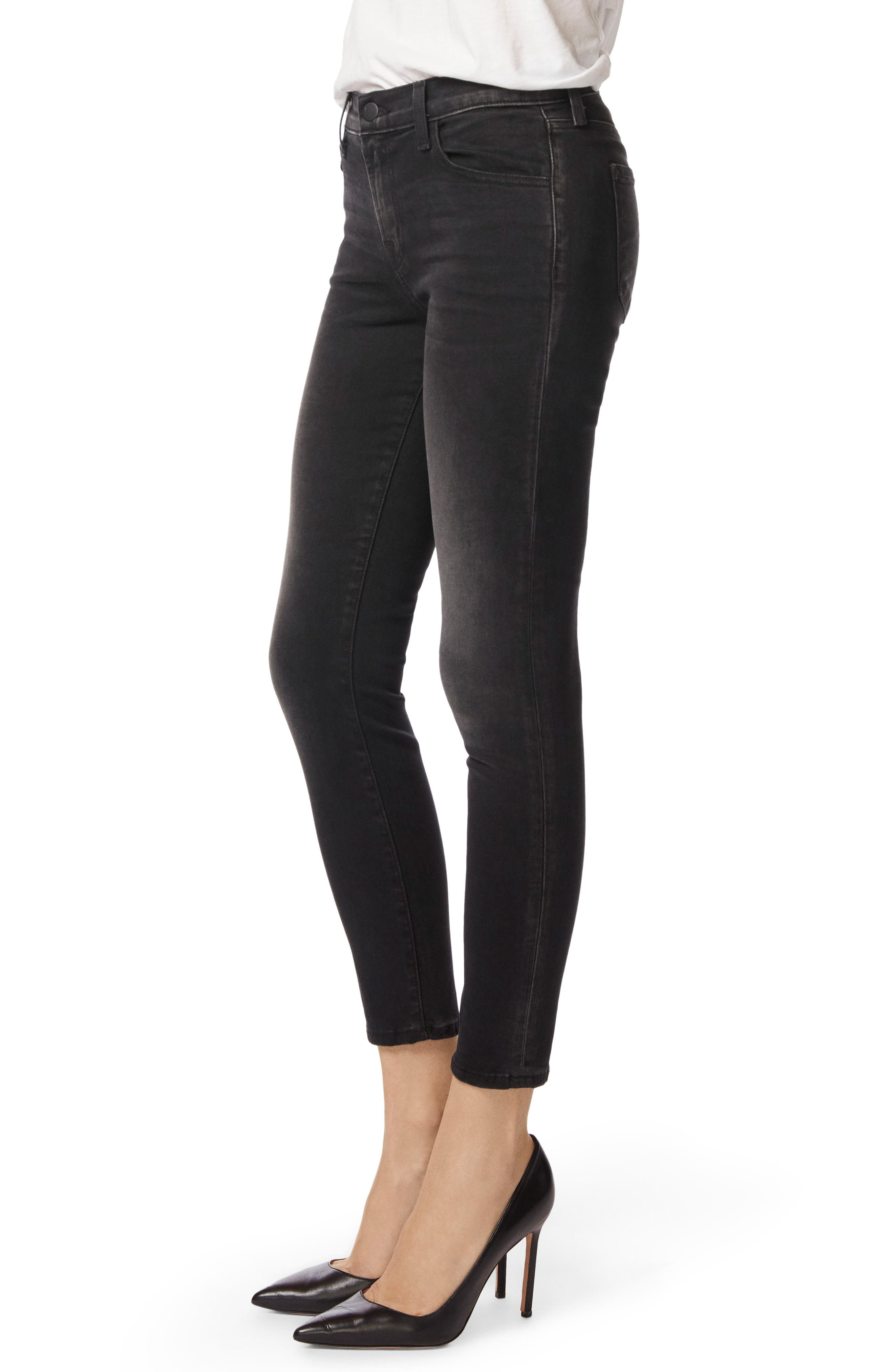 Capri Skinny Jeans,                             Alternate thumbnail 3, color,                             001