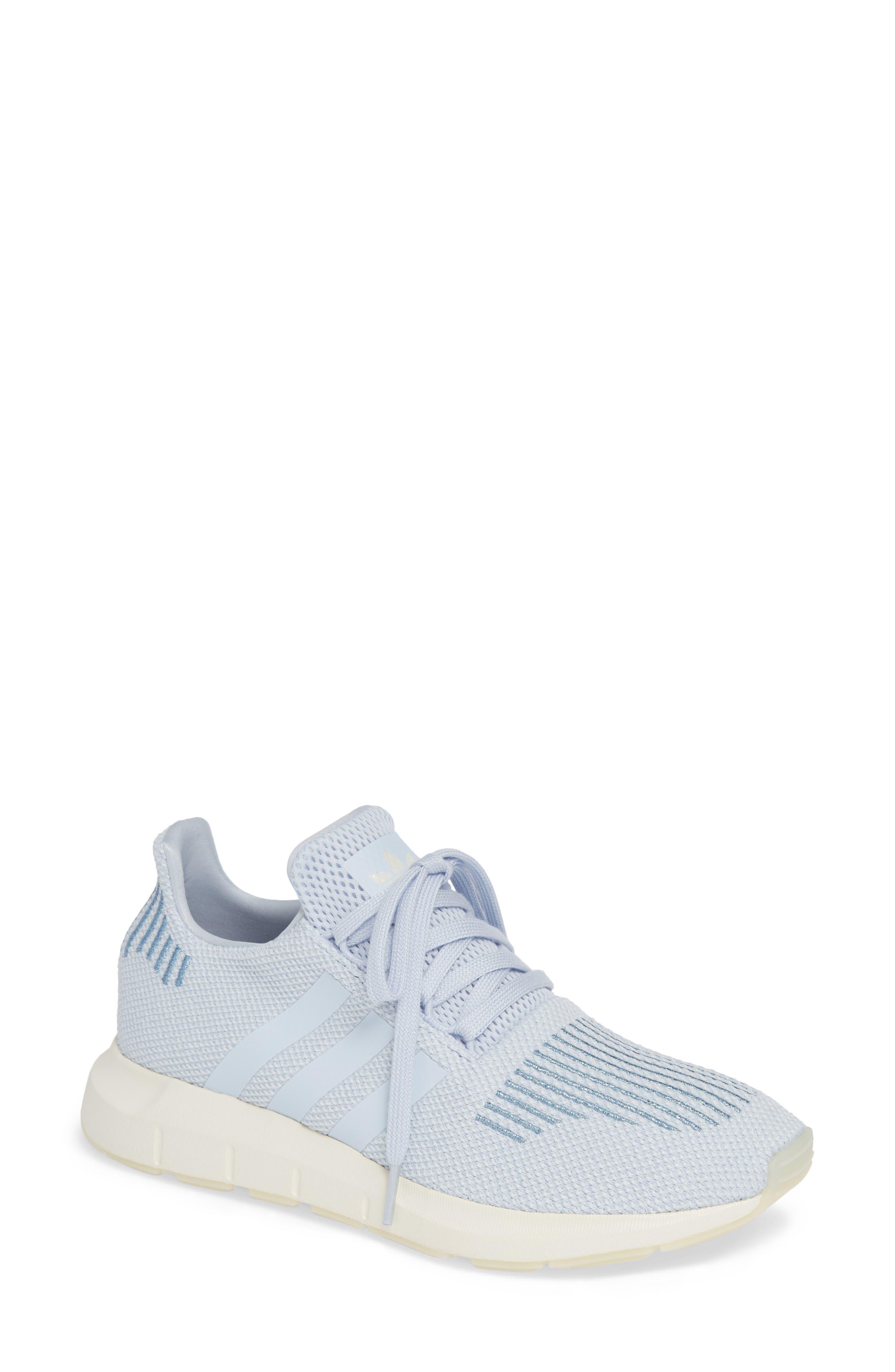 Swift Run Sneaker,                         Main,                         color, AERO BLUE/ OFF WHITE