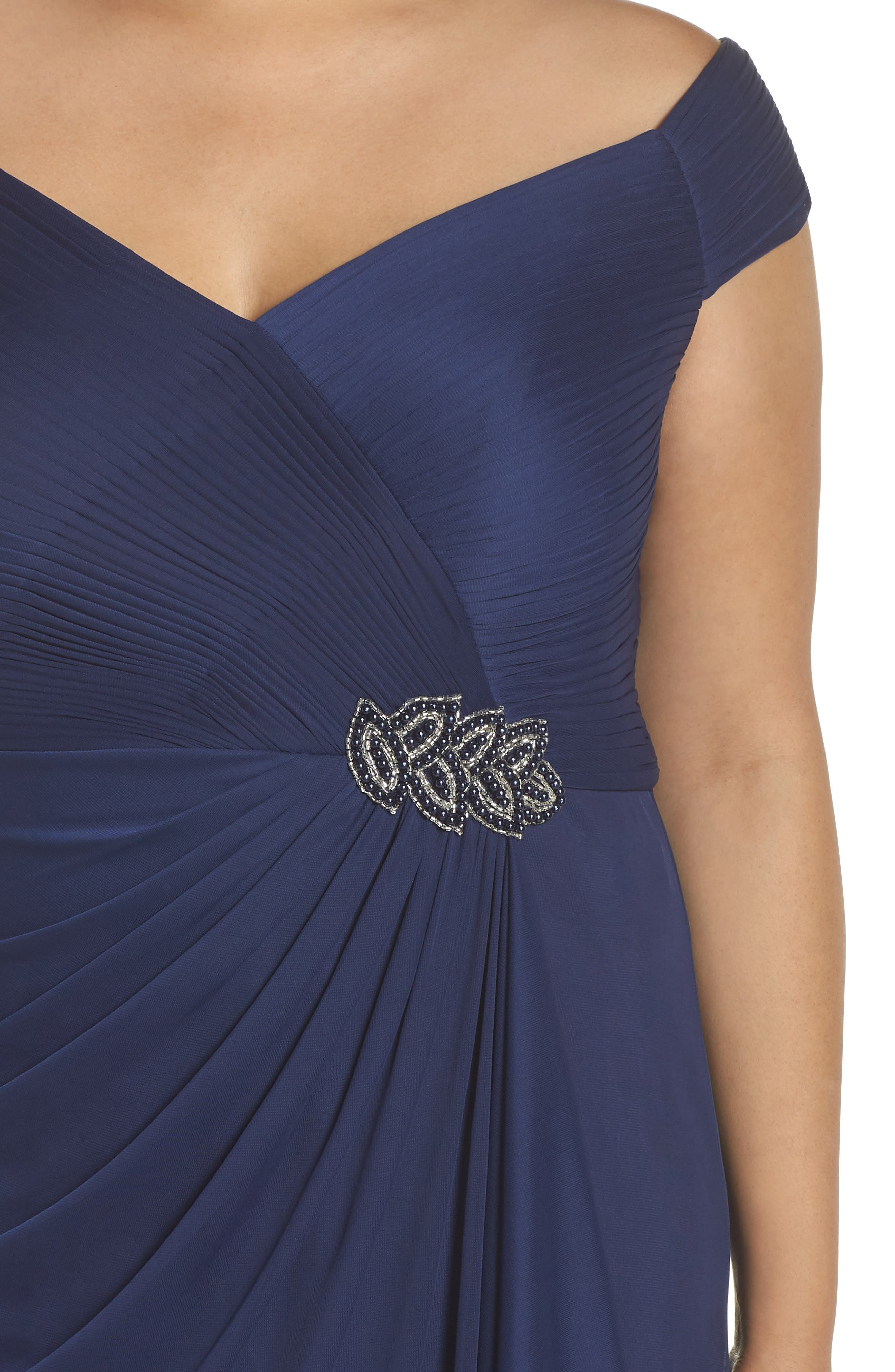 Embellished Pleat Gown,                             Alternate thumbnail 4, color,                             400