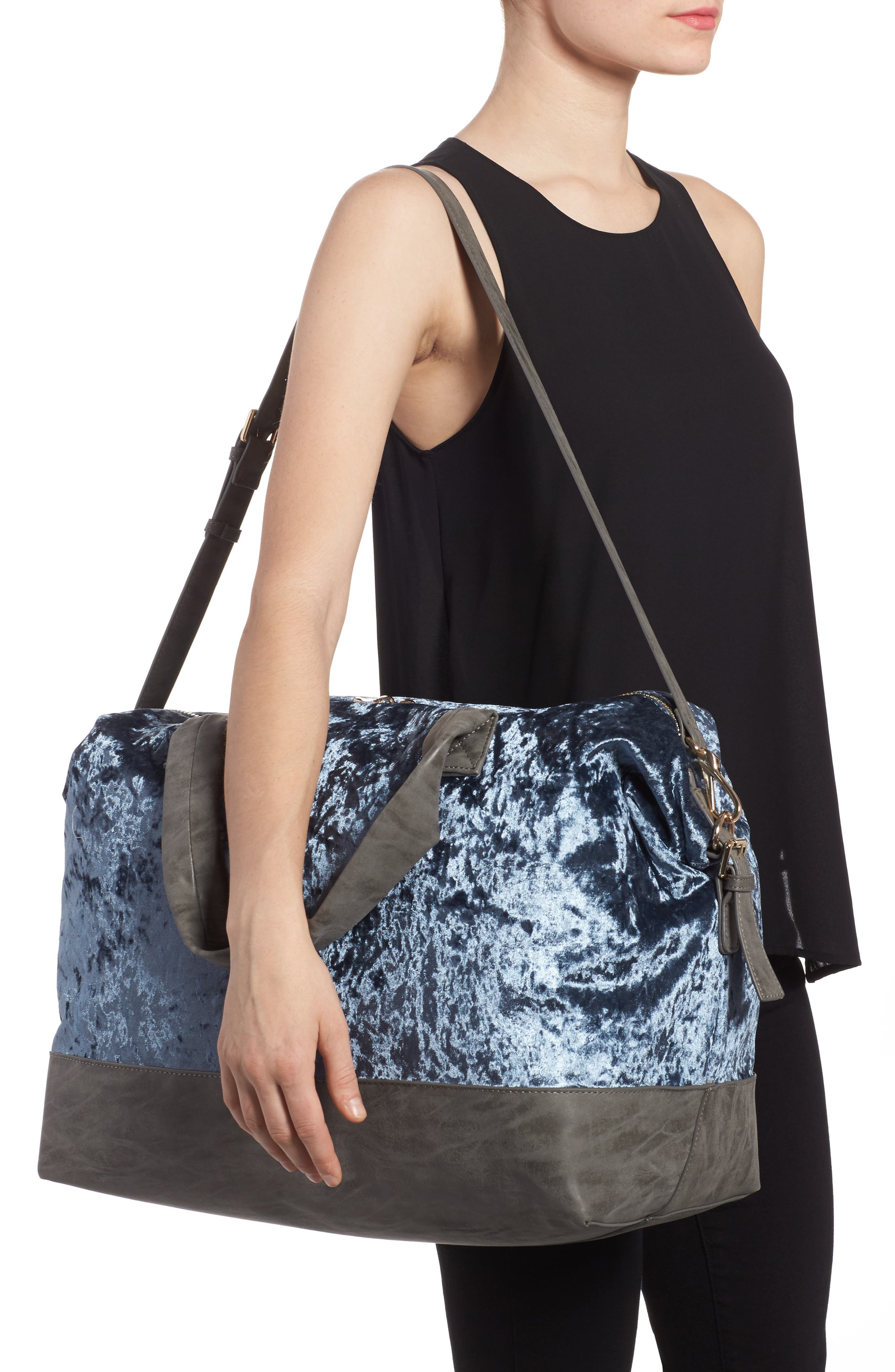 Venti Velvet Duffel Bag,                             Alternate thumbnail 4, color,