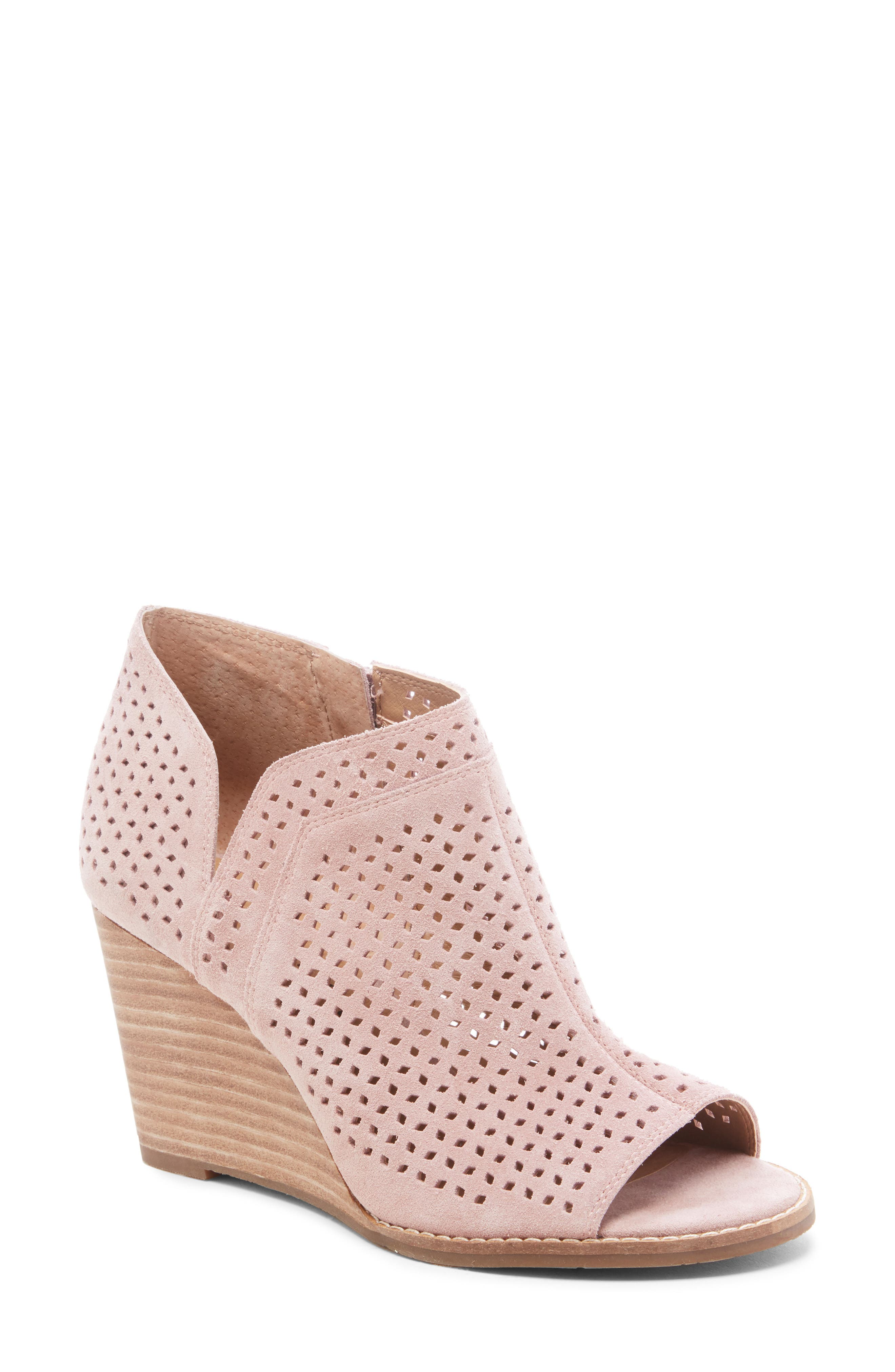 4af2ab68430 Lucky Brand Jazley Wedge Bootie