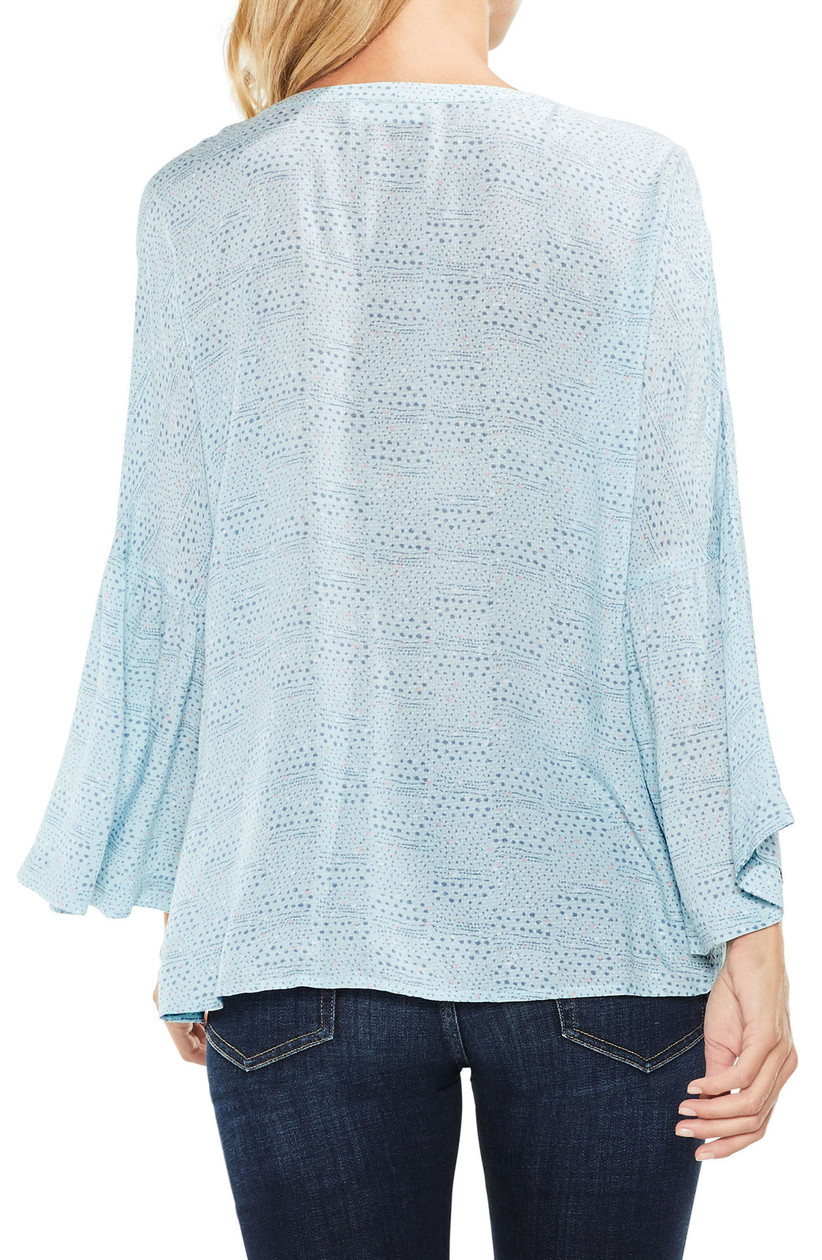 Two by Vince Camuto Bell Sleeve Geo Dialogue Top,                             Alternate thumbnail 4, color,
