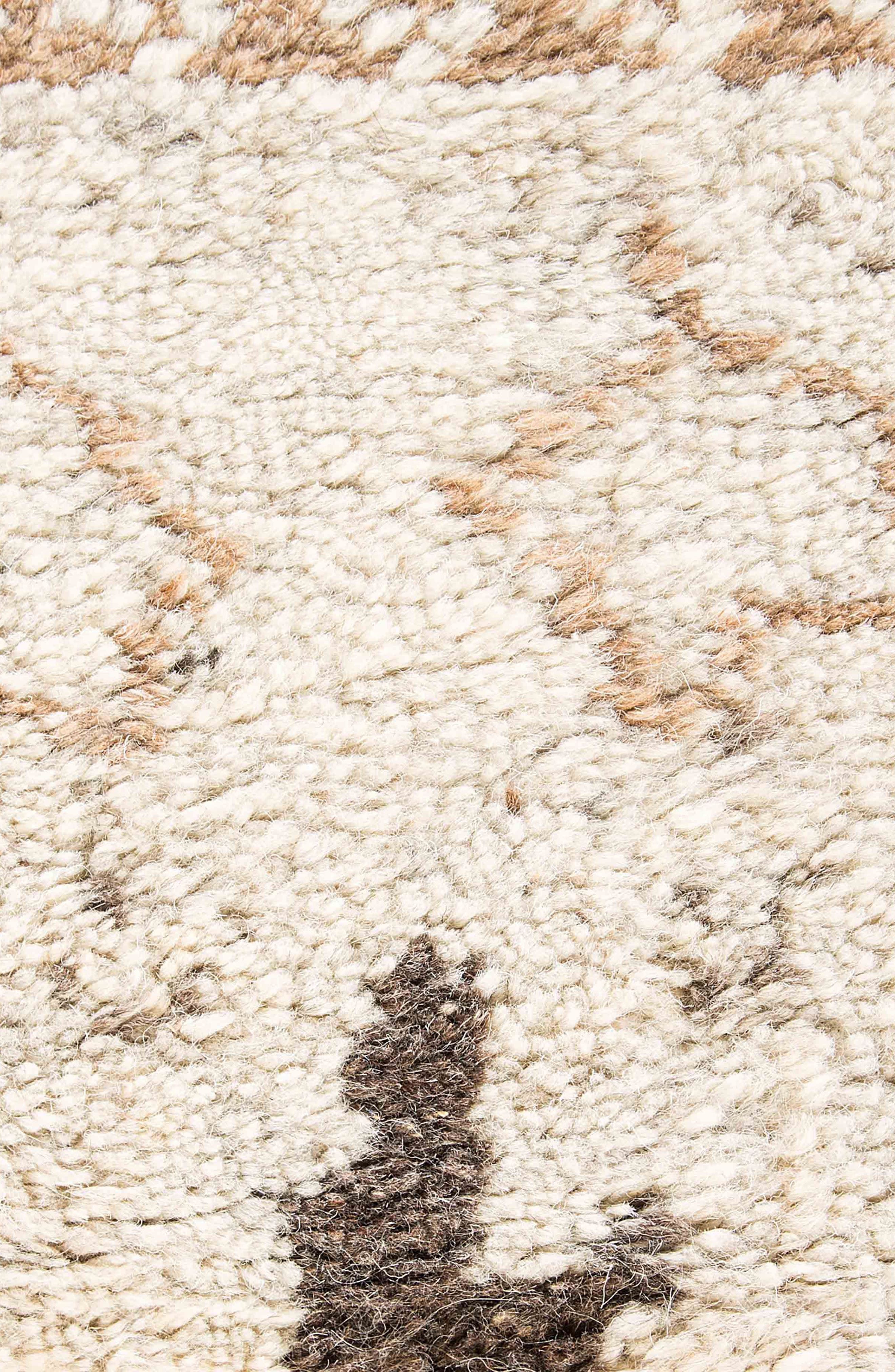 'Zola Zag' Wool Area Rug,                             Alternate thumbnail 4, color,                             IVORY/ TAUPE
