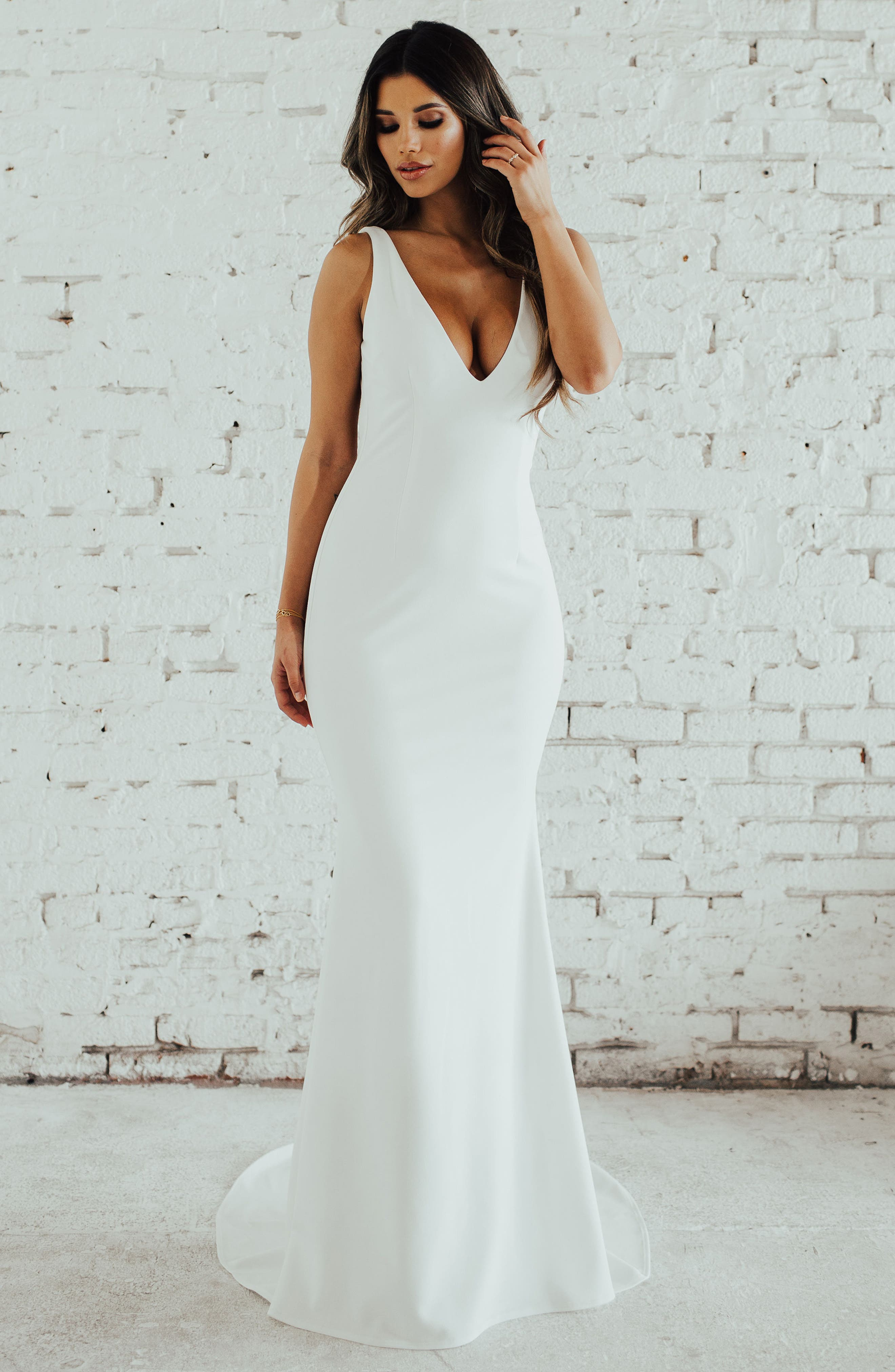 Paloma Plunge Back Trumpet Gown,                             Alternate thumbnail 6, color,                             IVORY