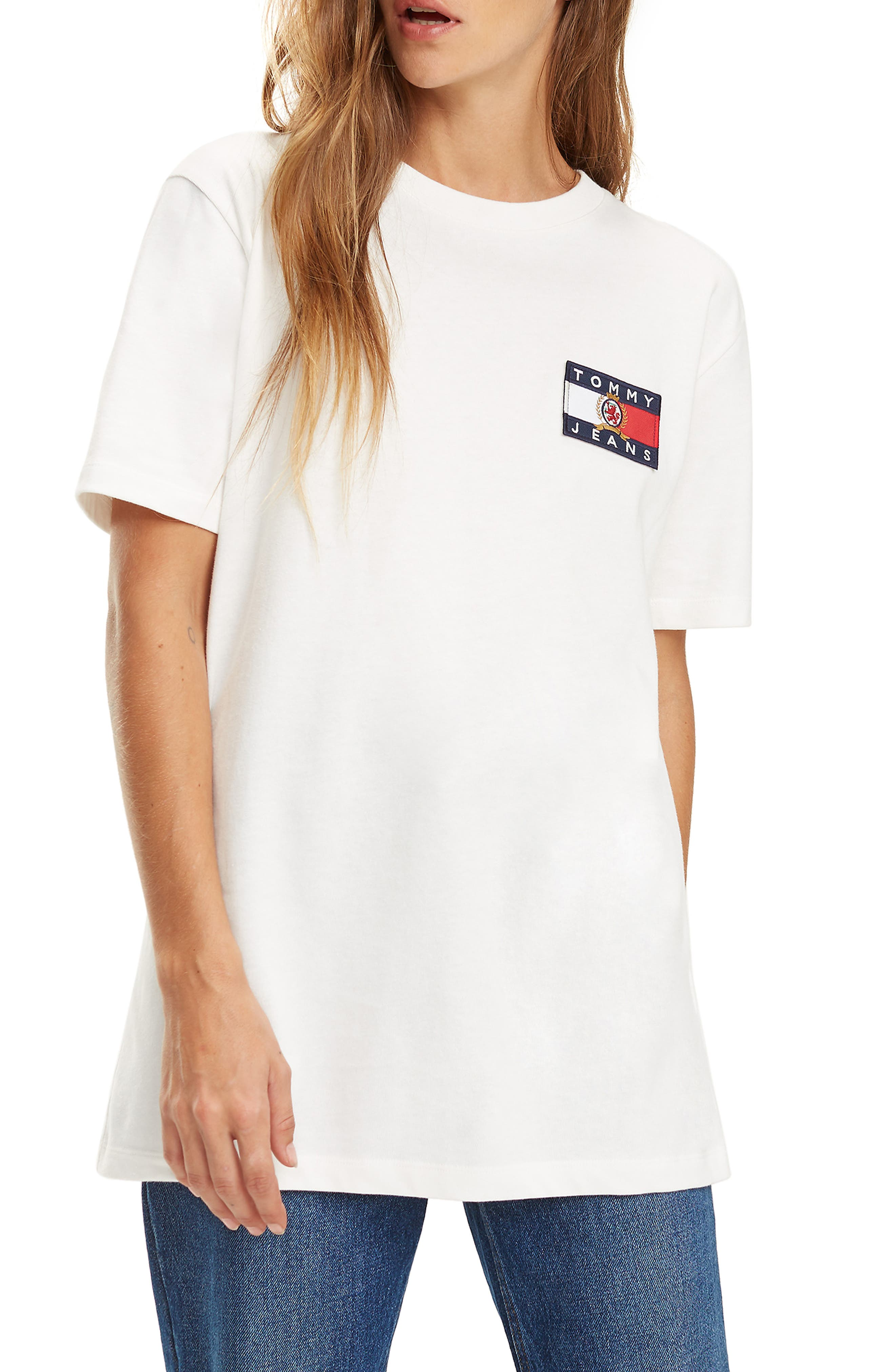TOMMY JEANS,                             Crest Capsule Flag Tee,                             Main thumbnail 1, color,                             100