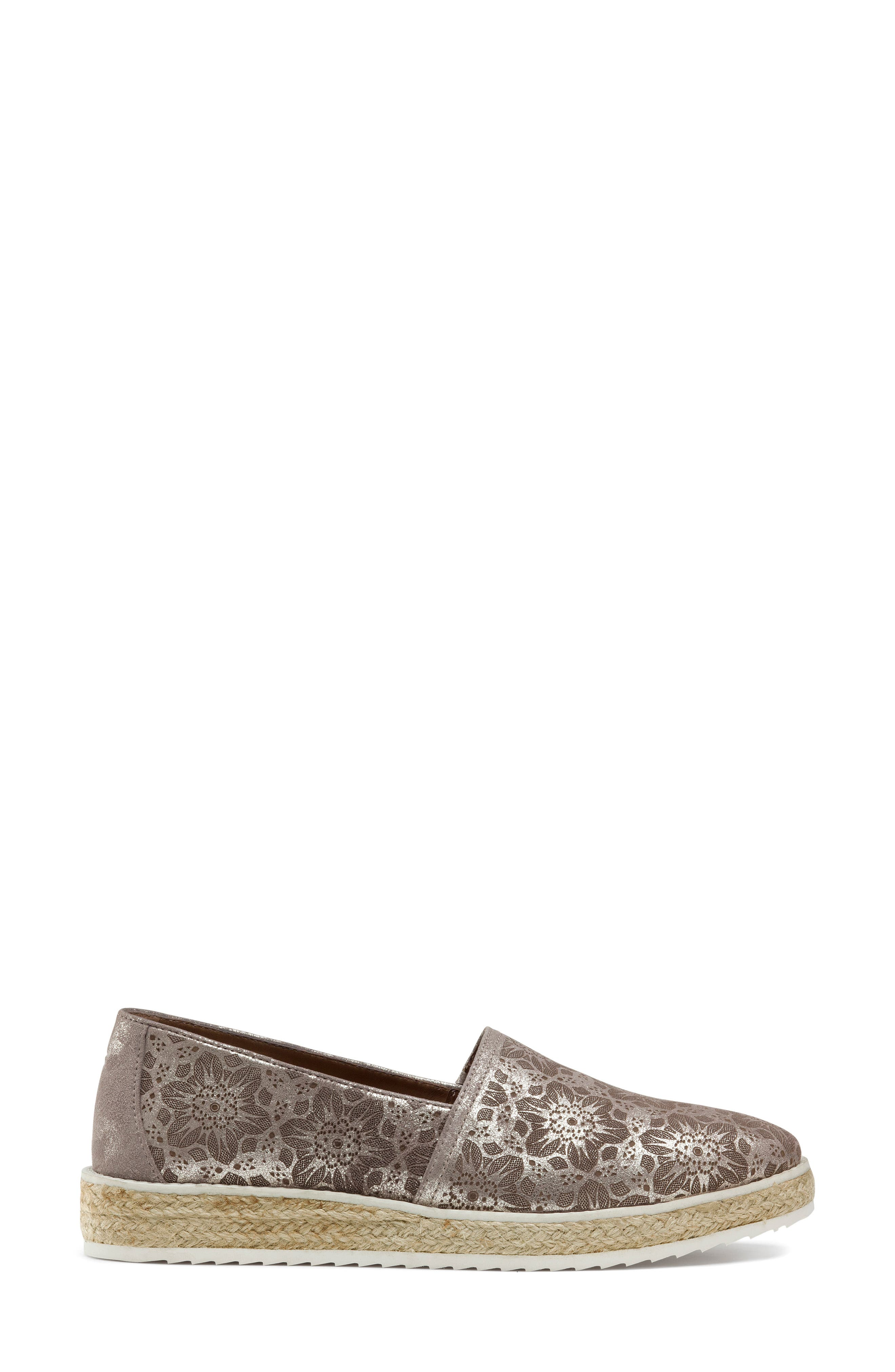 Cailyn Flat,                             Alternate thumbnail 3, color,                             PEWTER METALLIC SUEDE