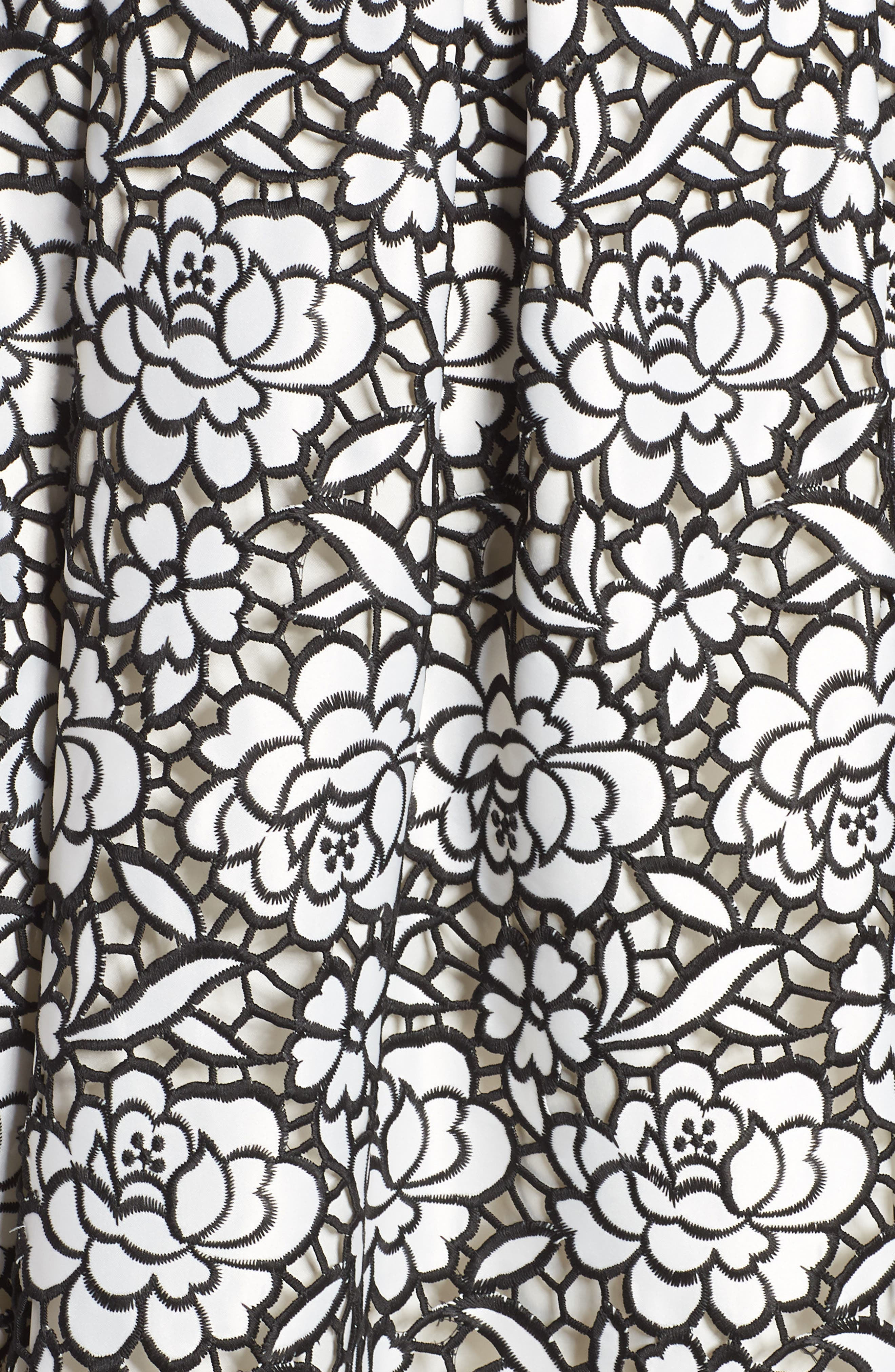 Pleated Floral Cutout Appliqué Skirt,                             Alternate thumbnail 5, color,                             BLACK/IVORY