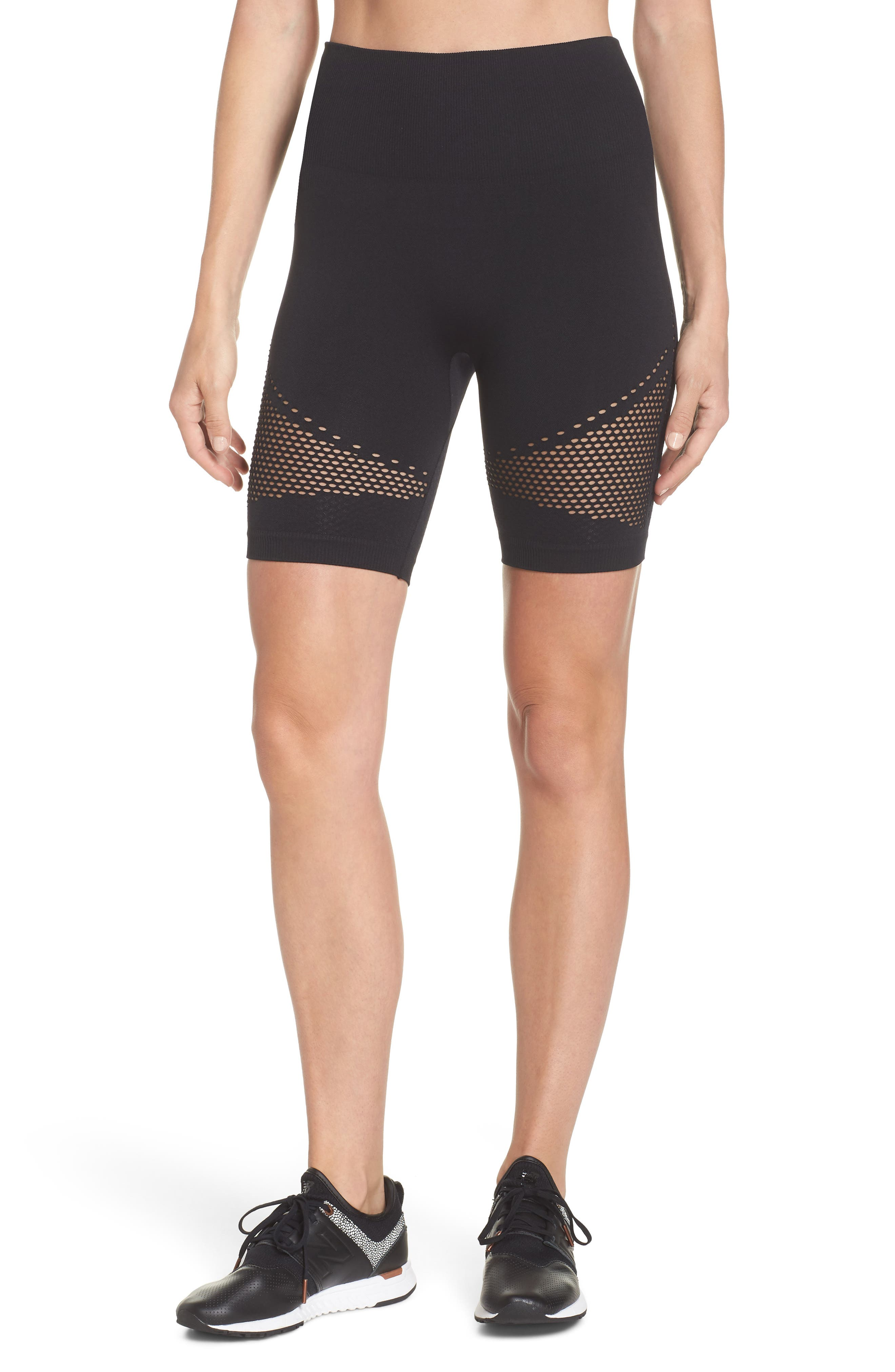 Momentum Seamless Shorts,                         Main,                         color, BLACK