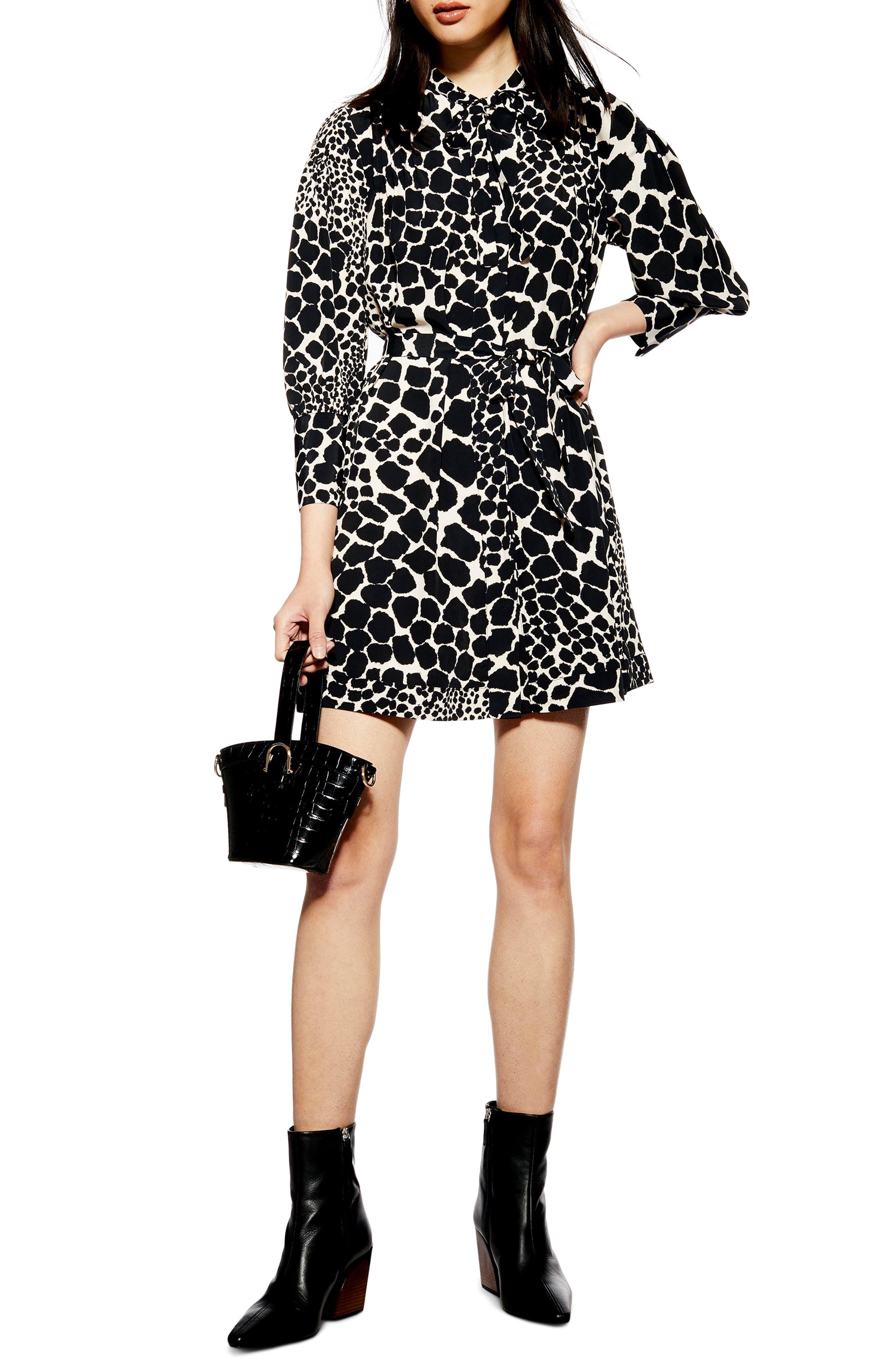 Petite Topshop Giraffe Print Minidress, P US (fits like 14P) - Black
