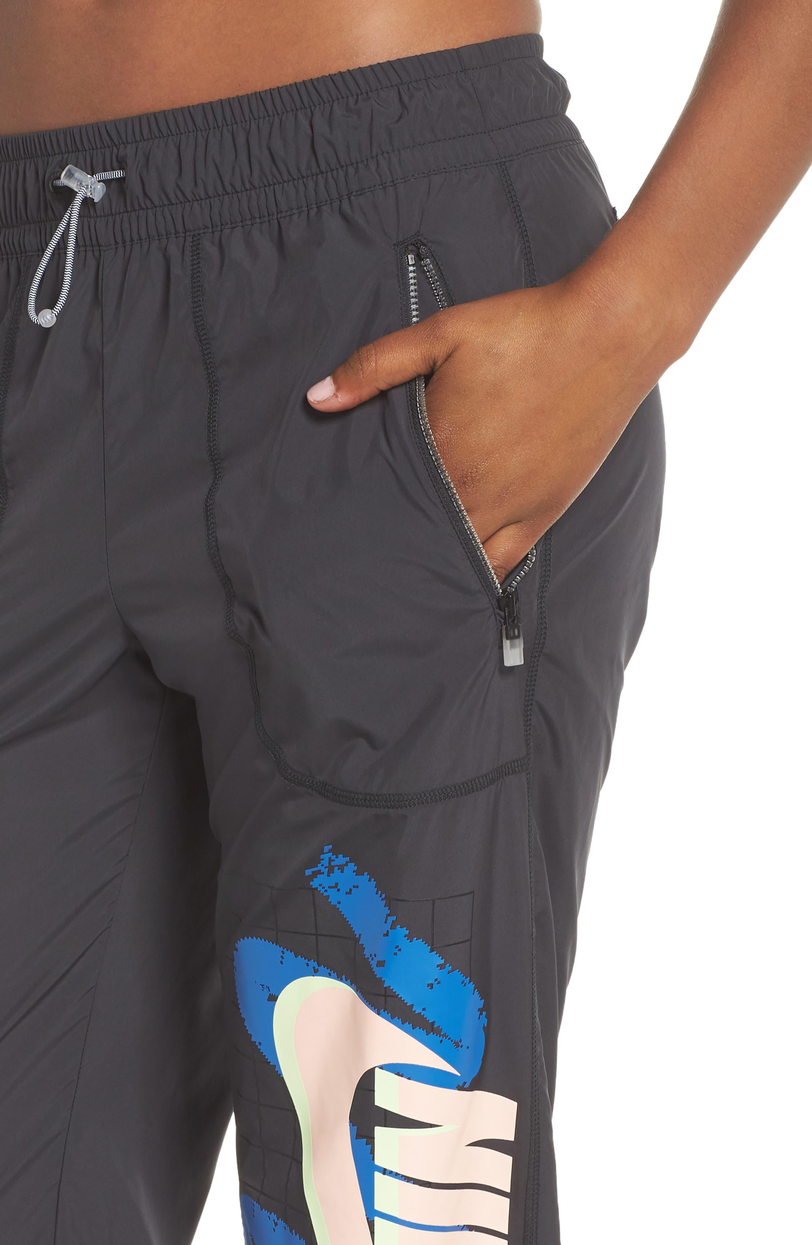 Sportswear Archive Women's Woven Pants,                             Alternate thumbnail 4, color,                             010