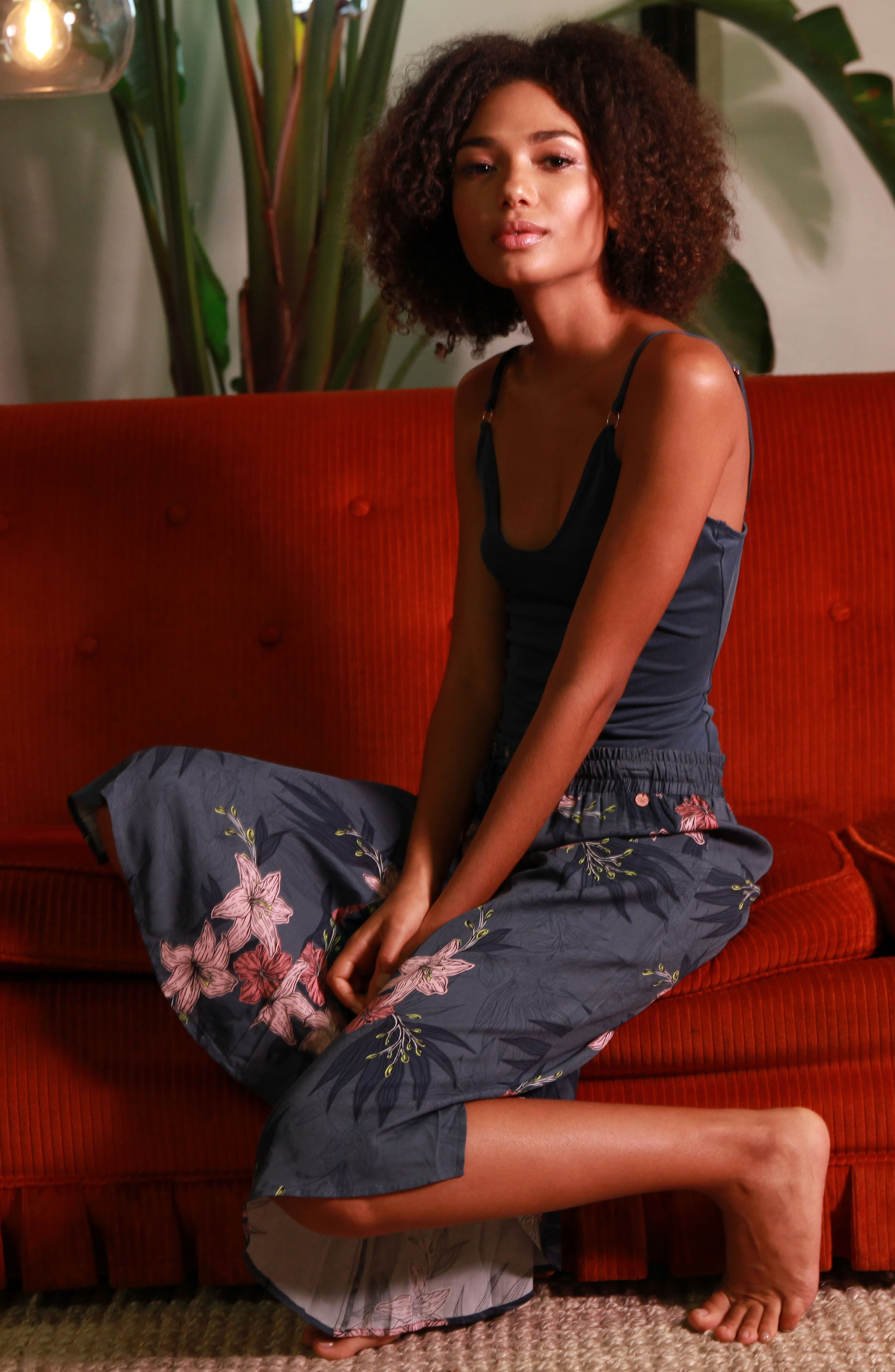 MIDNIGHT BAKERY,                             Floral Crop Pajama Pants,                             Alternate thumbnail 4, color,                             448