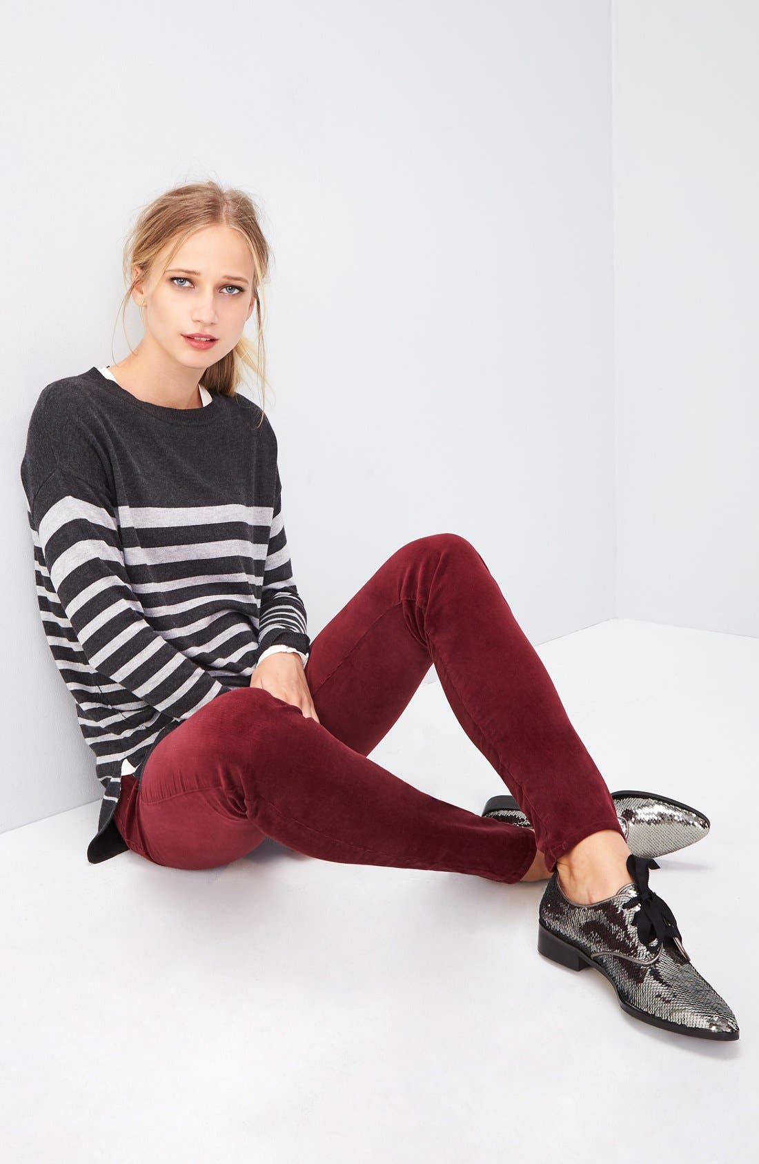 Zip Back High/Low Tunic Sweater,                             Alternate thumbnail 6, color,                             HEATHER CHARCOAL- GREY STRIPE