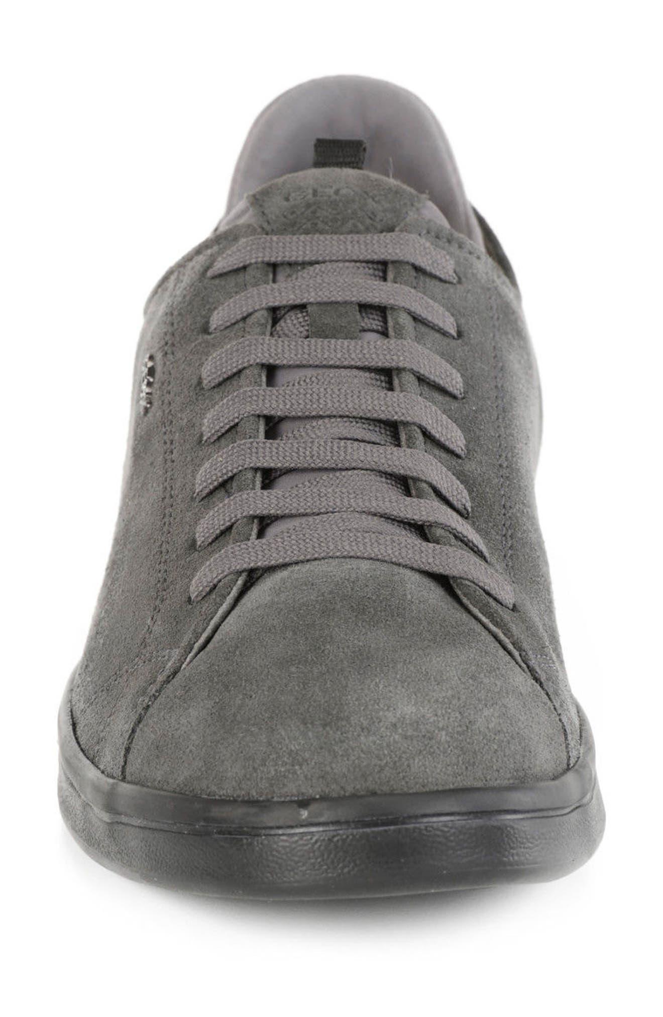 Warrens 8 Low-Top Sneaker,                             Alternate thumbnail 4, color,                             020