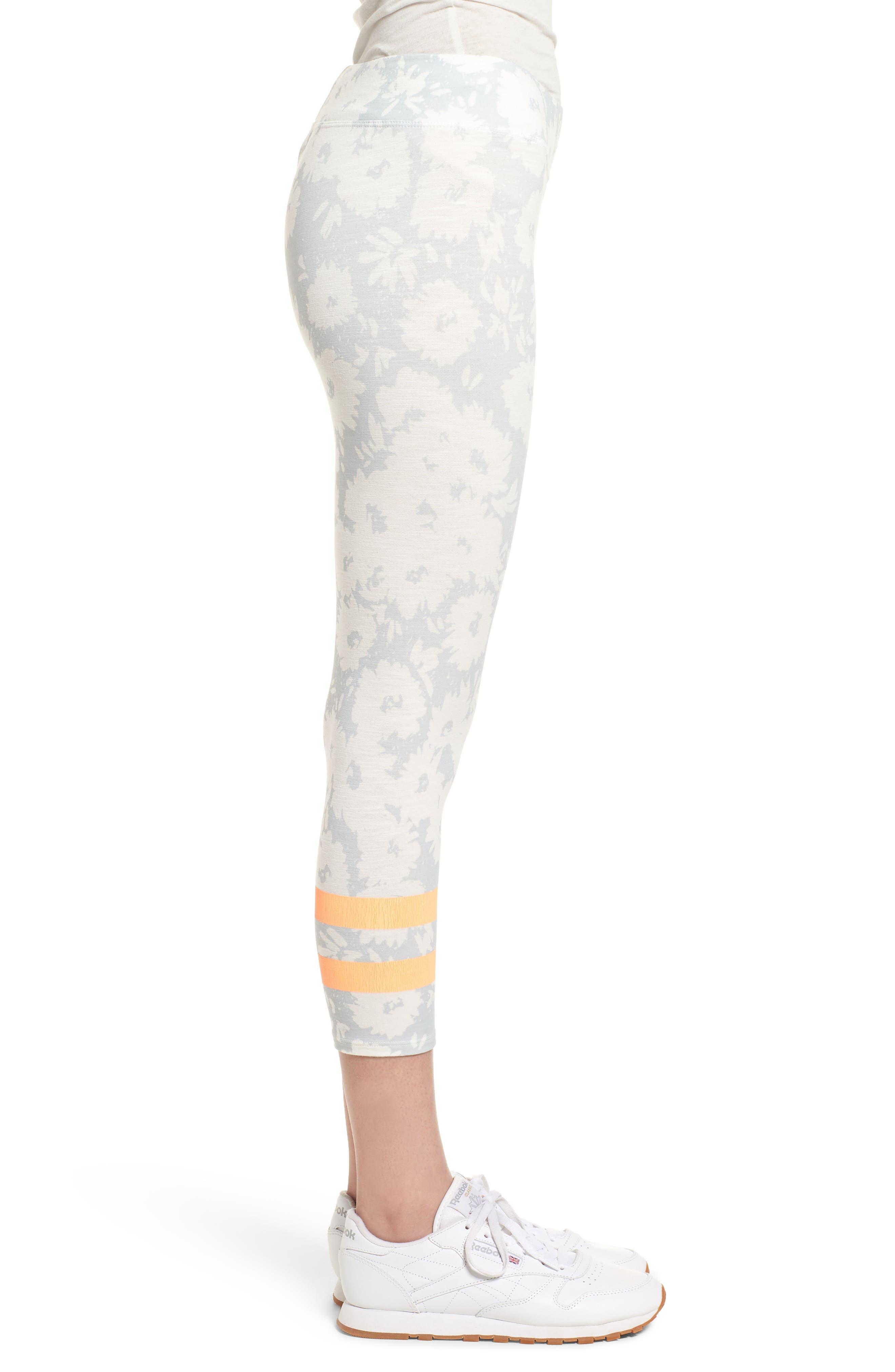 Stripe Print Capri Yoga Pants,                             Alternate thumbnail 3, color,                             451