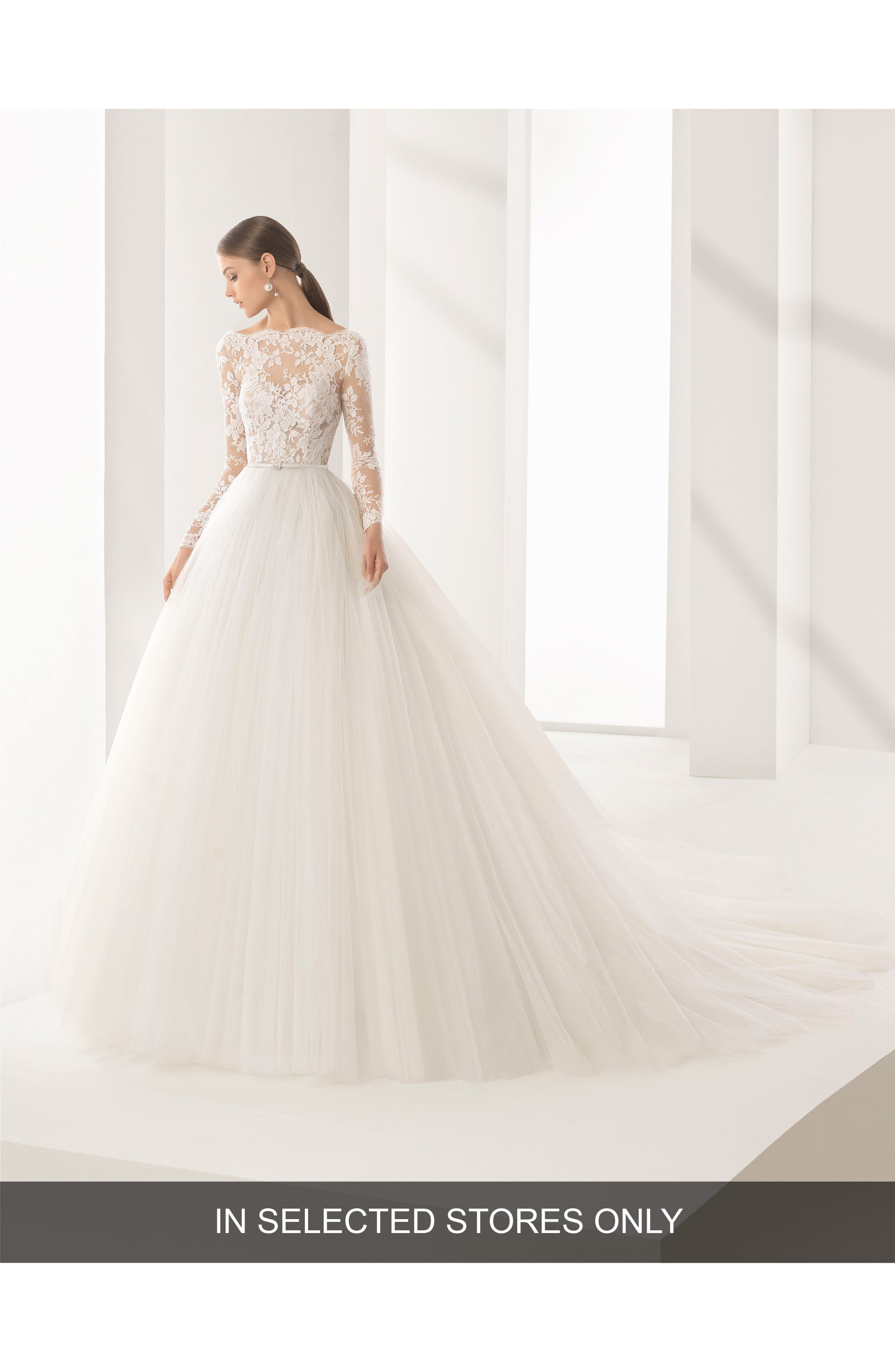 Rosa Clará Couture Niher Lace & Tulle Ballgown,                         Main,                         color, NATURAL