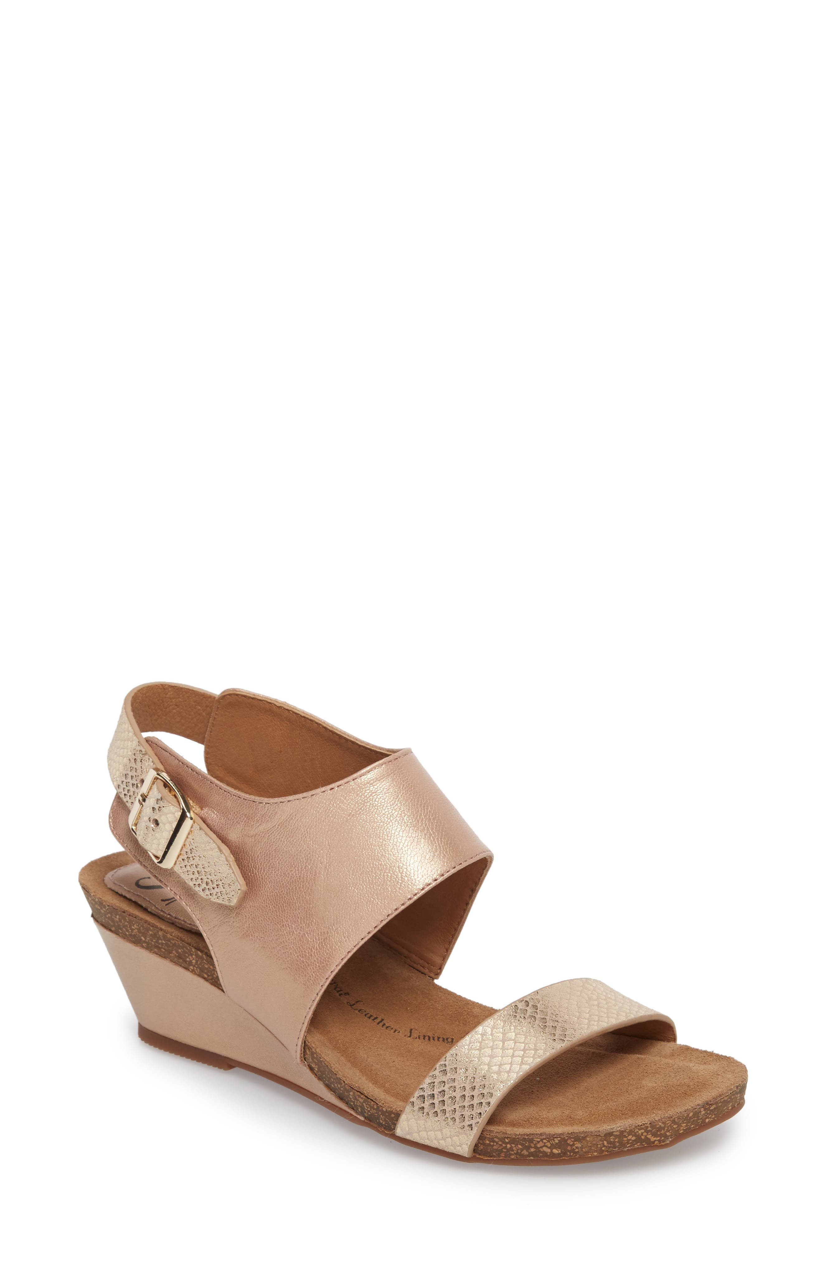 'Vanita' Leather Sandal,                         Main,                         color, CHAMPAGNE/ GOLD LEATHER