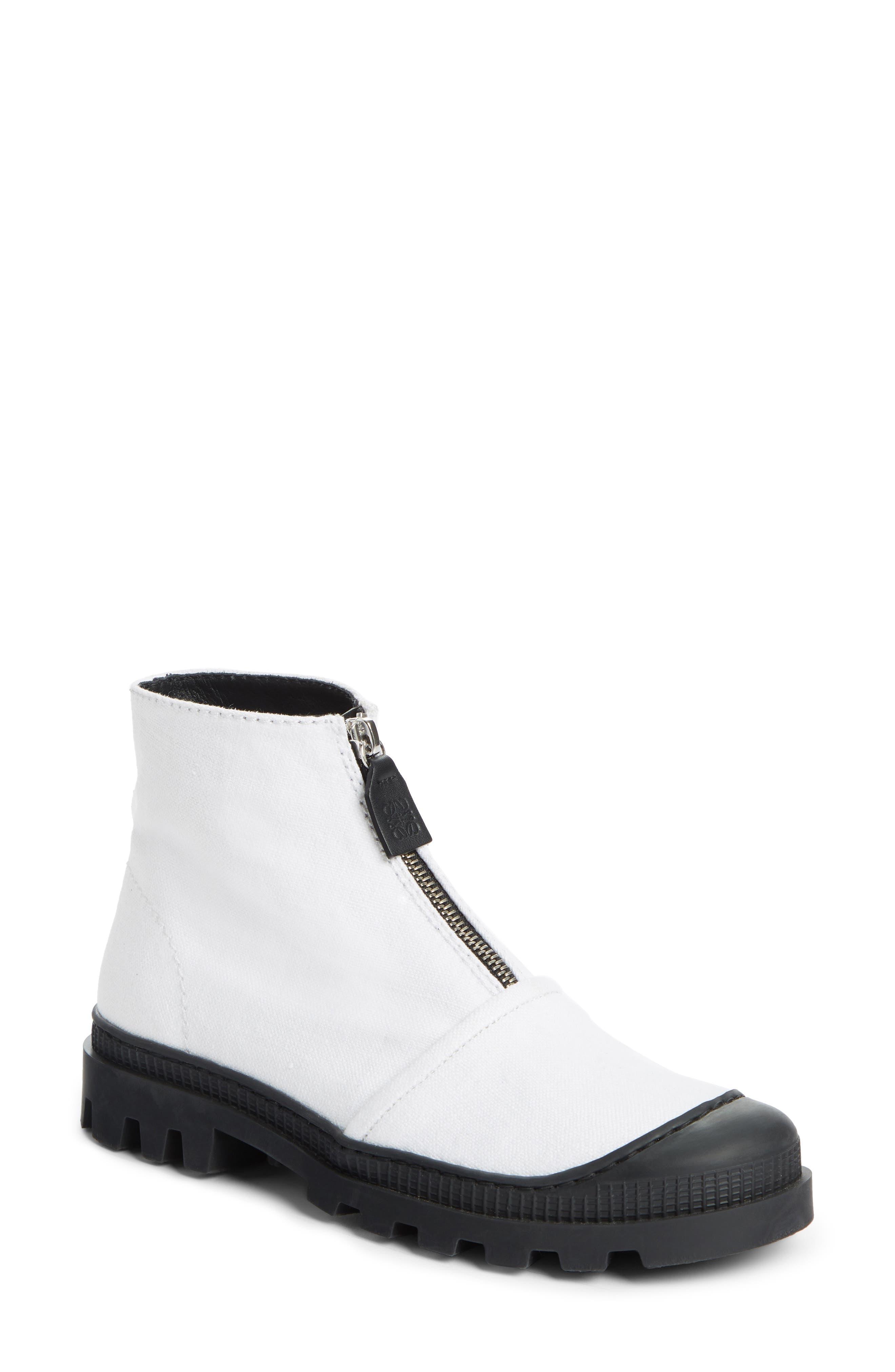 Loewe Front Zip Bootie - White