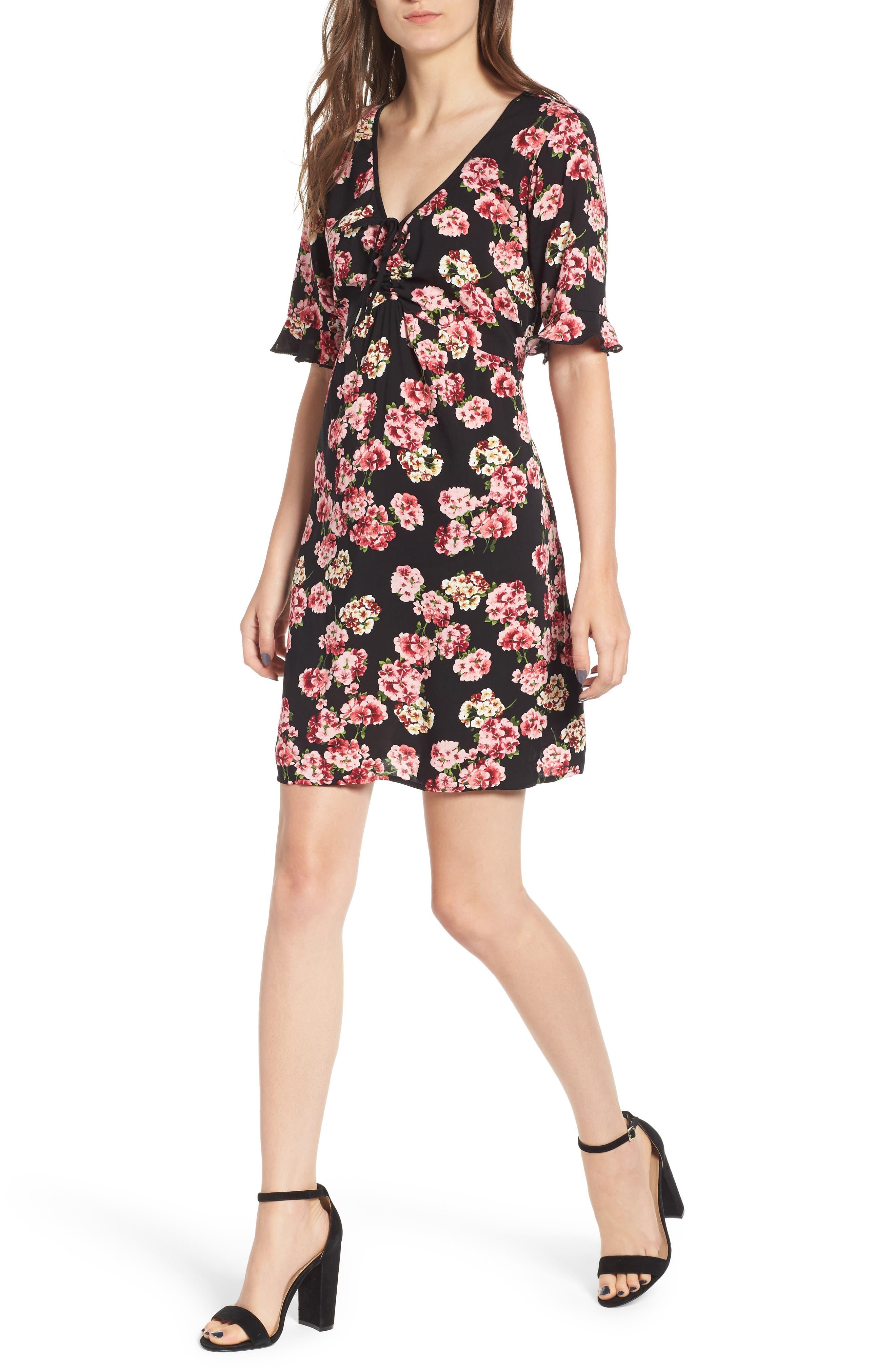 BAND OF GYPSIES Floral Print Tie Ruched Dress in Black/ Pink