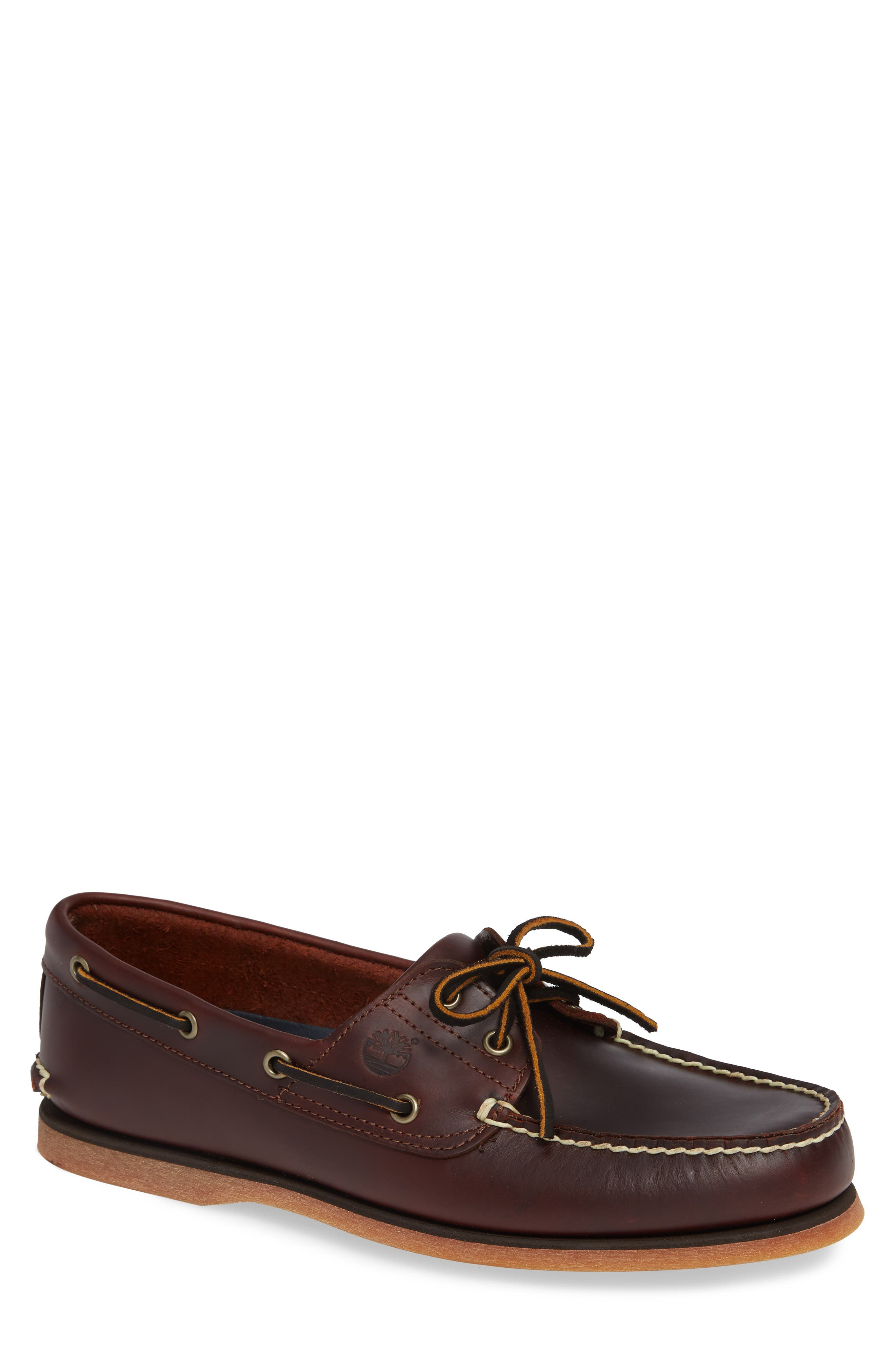 UPC 000906077458 Men's Timberland Classic 2 Eye Boat Shoe