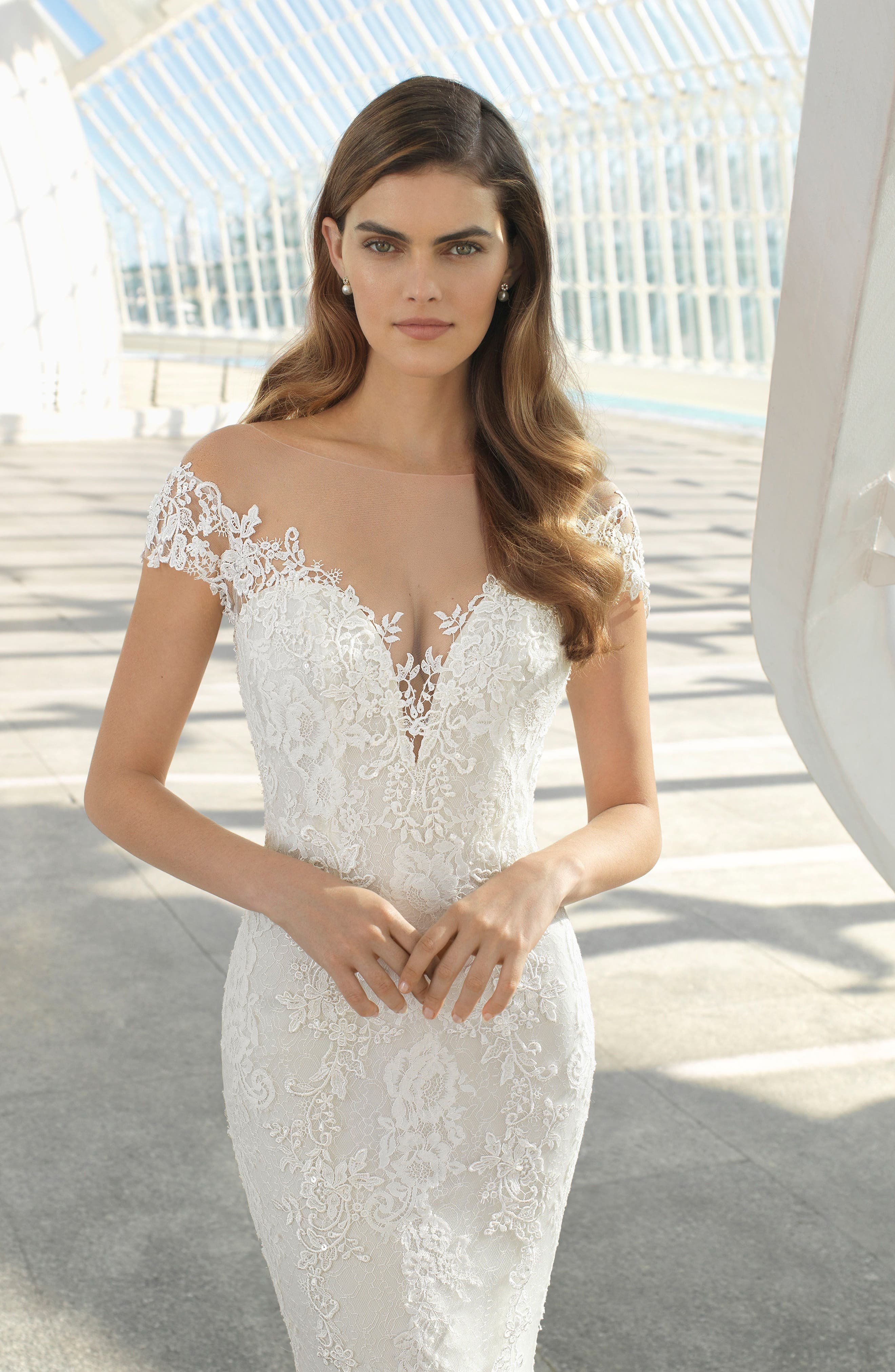 Rosa Clará Darling Beaded Floral Lace Mermaid Gown,                             Alternate thumbnail 3, color,                             NATURAL