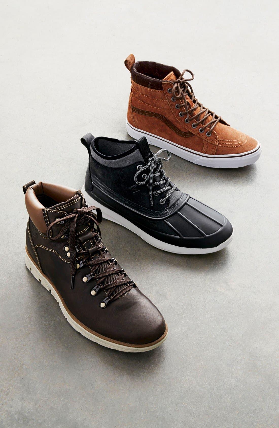'Sk8-Hi MTE' Sneaker,                             Alternate thumbnail 7, color,                             BLACK/ GUM