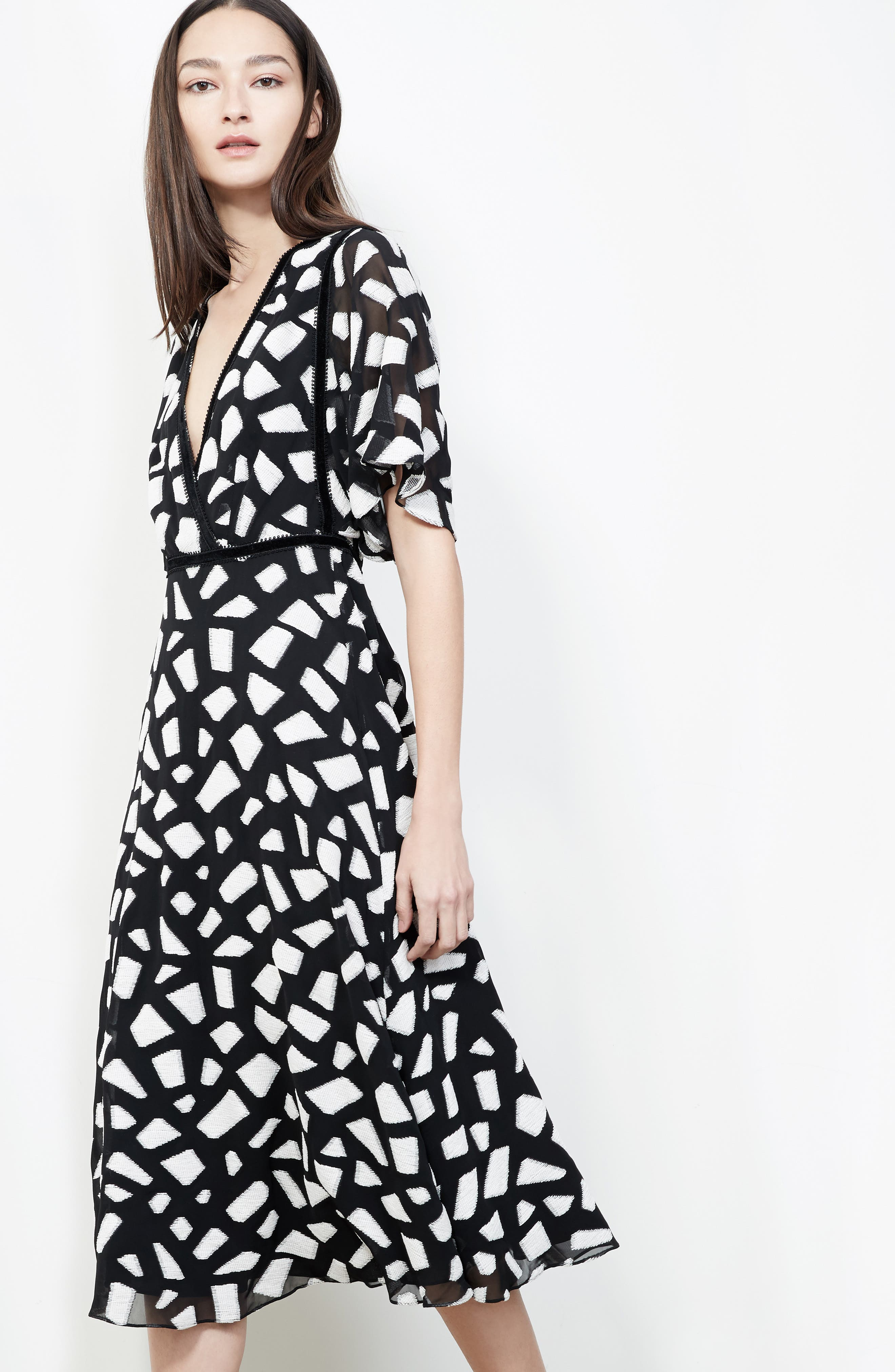 Crocodile Fil Coupé Midi Dress,                             Alternate thumbnail 5, color,                             001