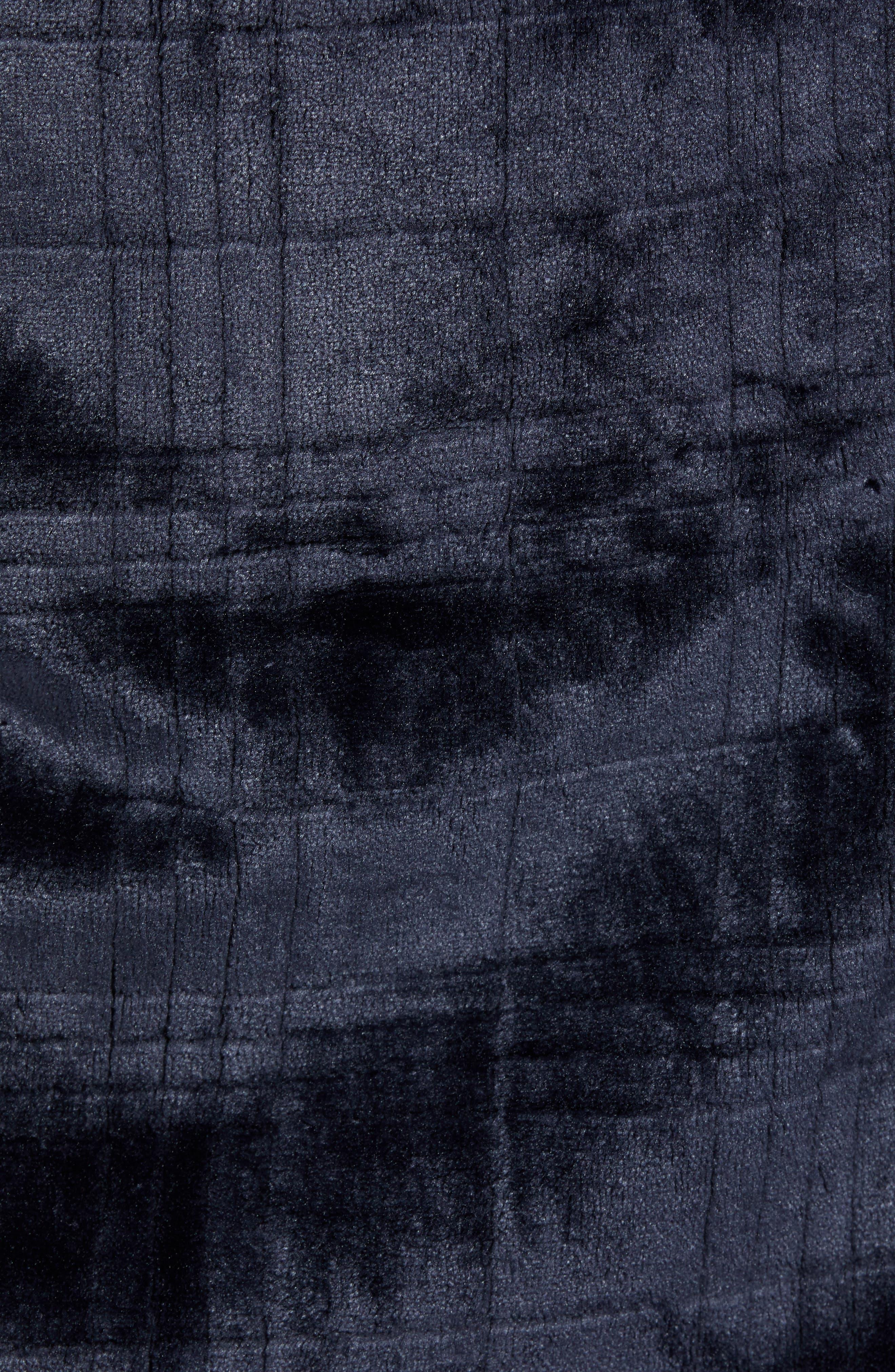 Plaid Plush Jacquard Robe,                             Alternate thumbnail 5, color,                             MIDNIGHT