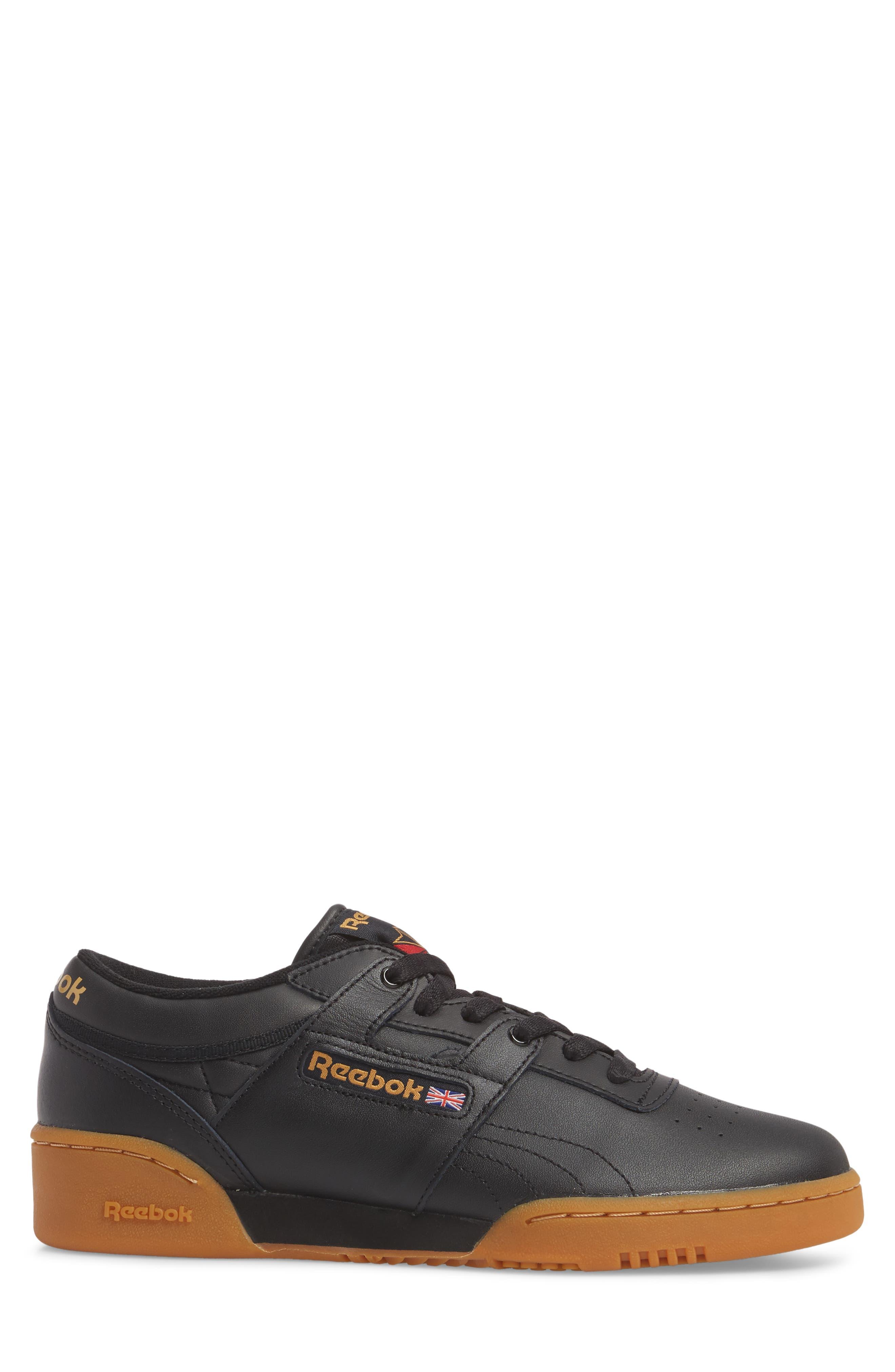 Workout Low Top Sneaker,                             Alternate thumbnail 3, color,                             001