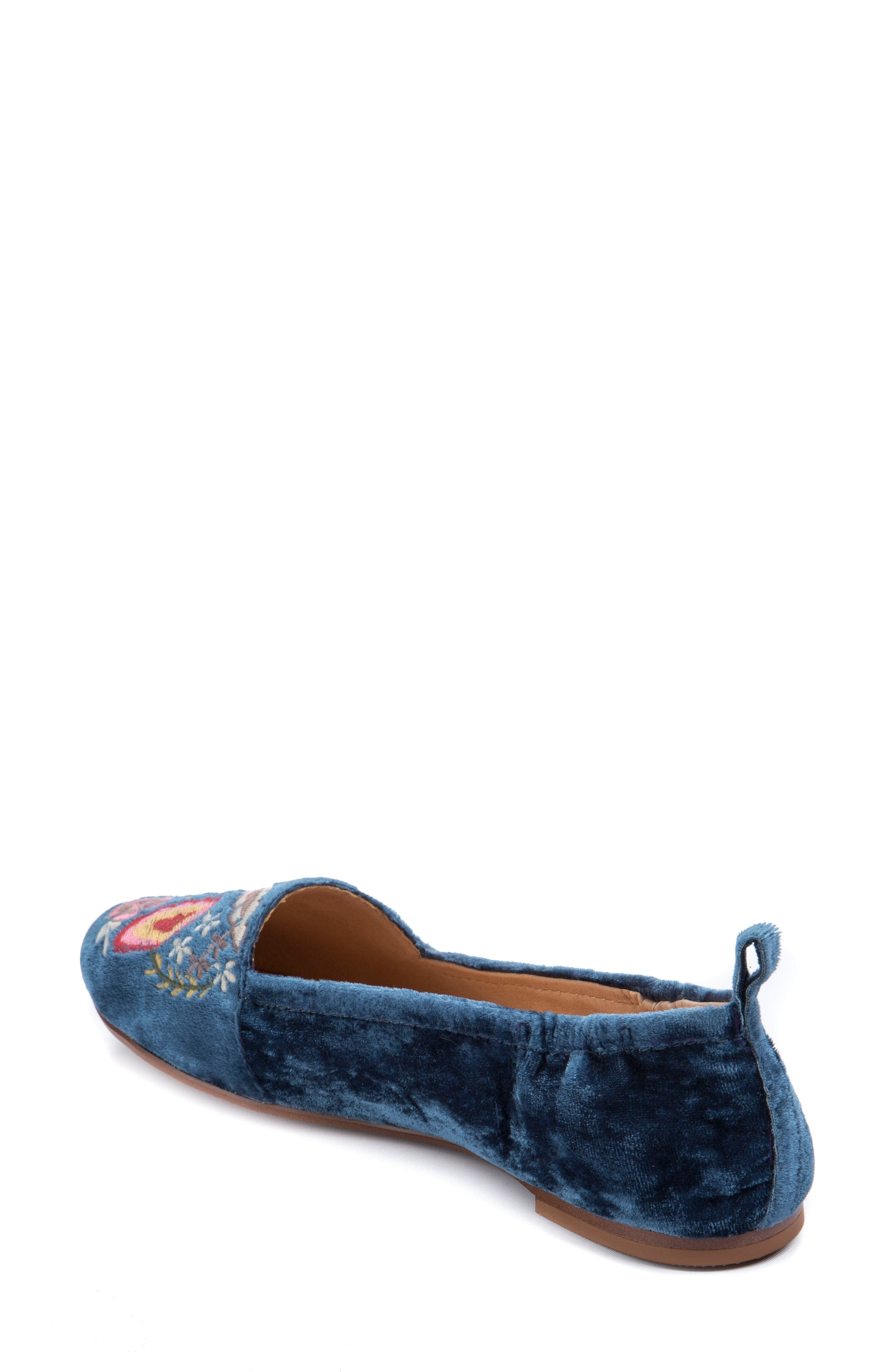 Gayla Floral Embroidered Flat,                             Alternate thumbnail 4, color,