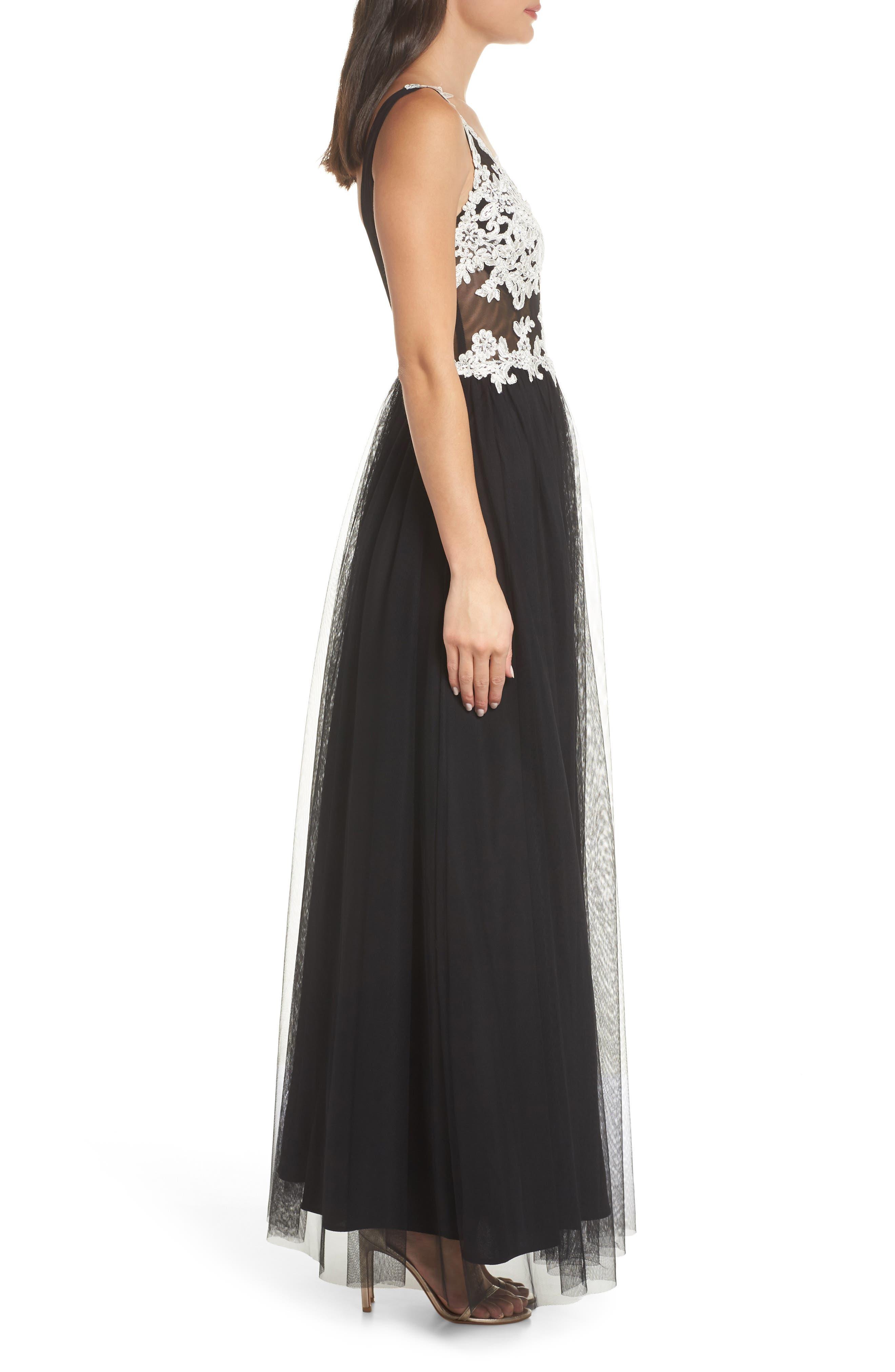 Floral Appliqué V-Neck Gown,                             Alternate thumbnail 3, color,                             BLACK/ WHITE