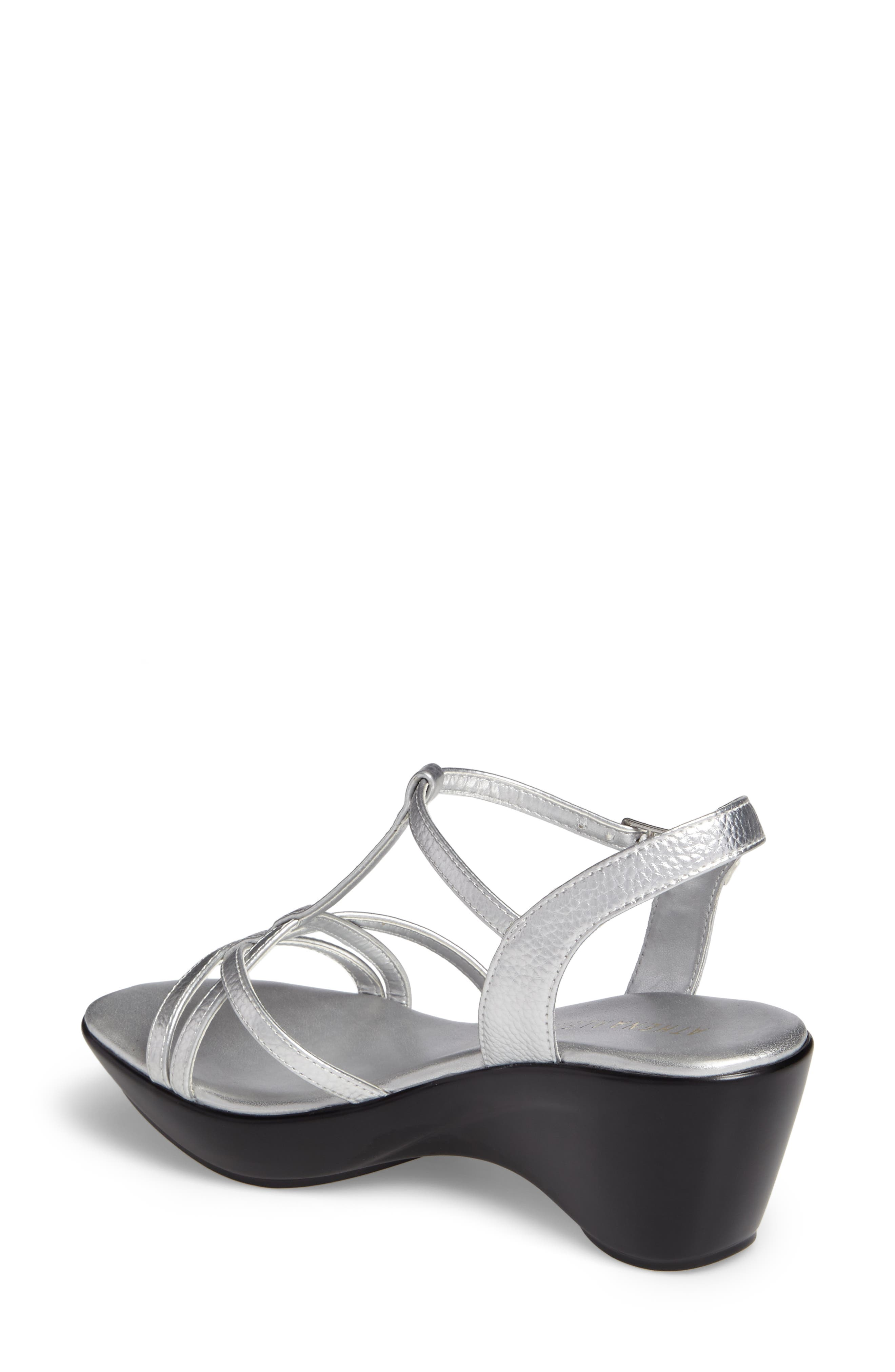 Cassort T-Strap Sandal,                             Alternate thumbnail 4, color,