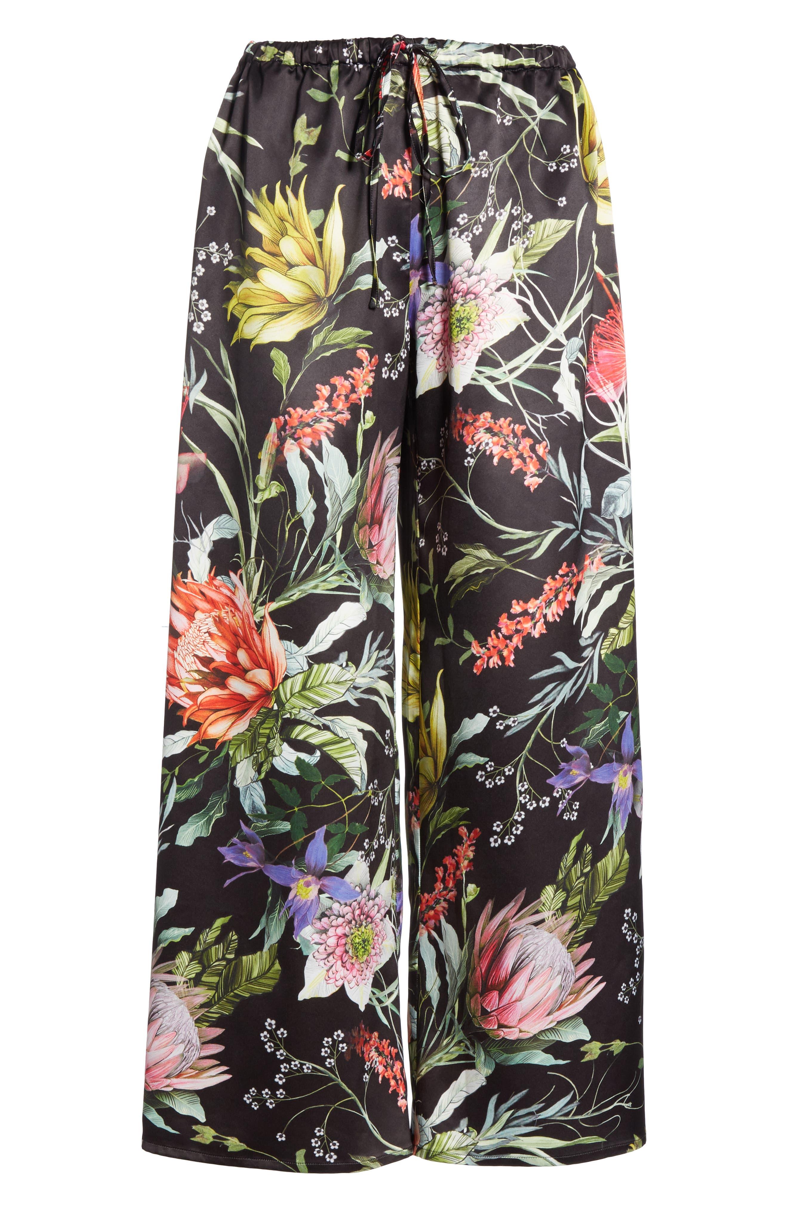 Floral Crop Wide Leg Pants,                             Alternate thumbnail 7, color,                             NERO