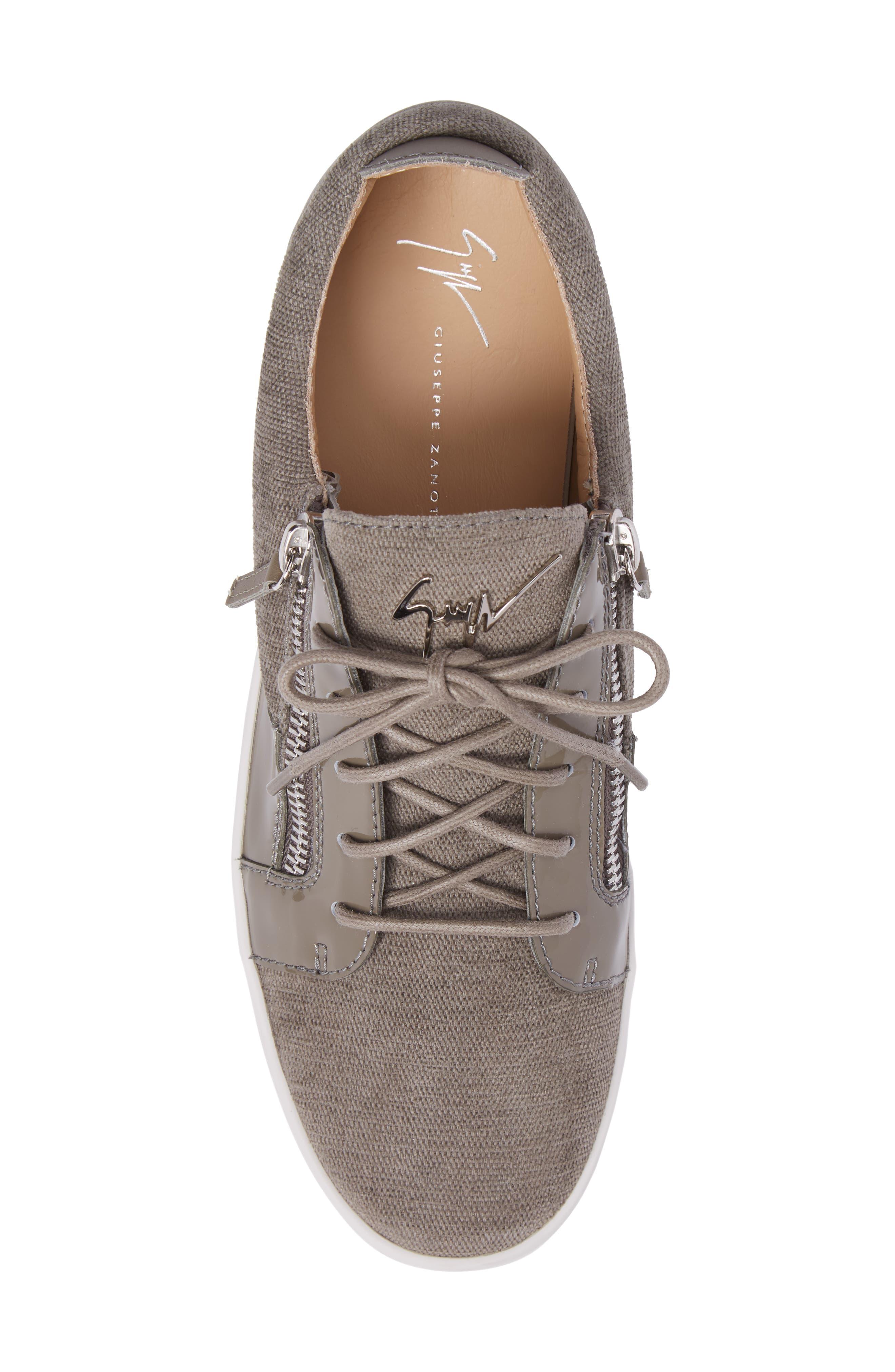 Low-Top Sneaker,                             Alternate thumbnail 5, color,                             028