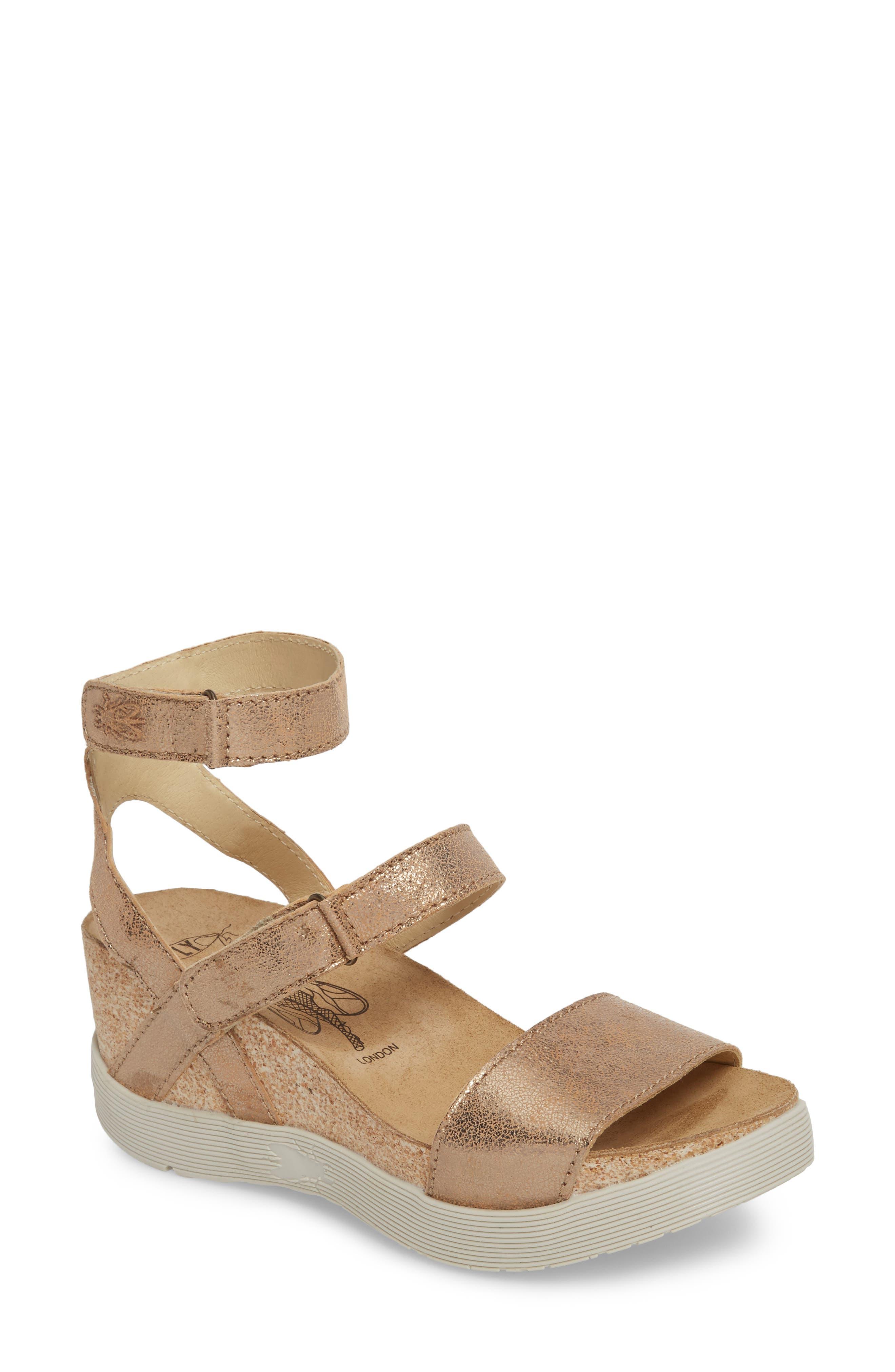 Wink Platform Sandal,                         Main,                         color, LUNA COOL LEATHER