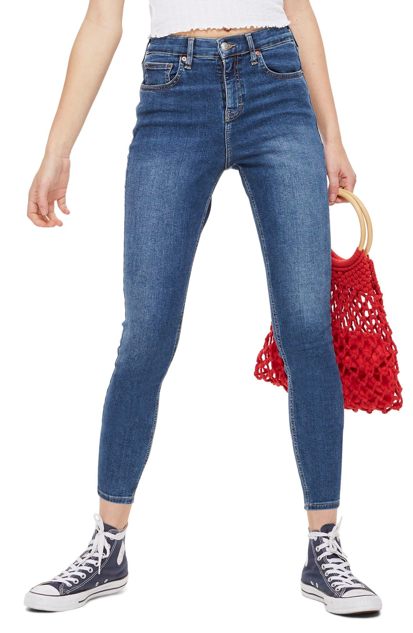 TOPSHOP Jamie Petite Jeans, Main, color, INDIGO