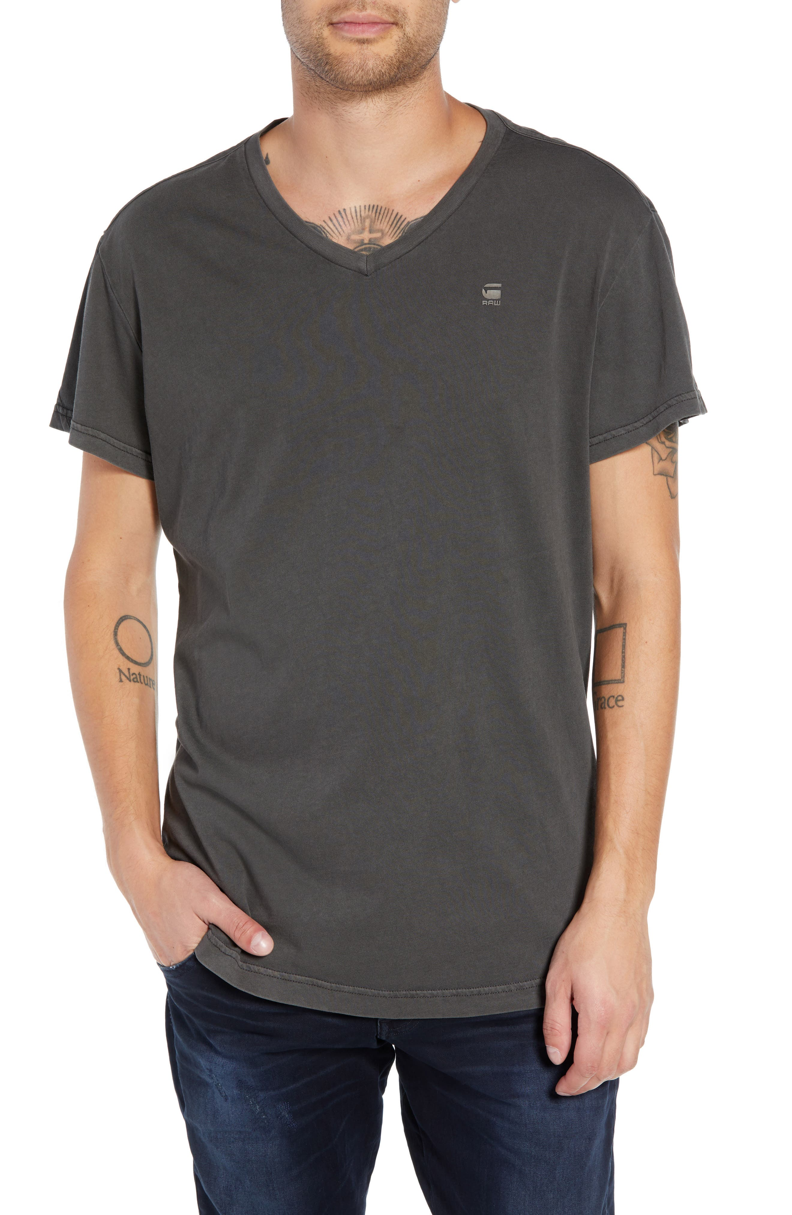 G-STAR RAW Starkton Solid V-Neck T-Shirt in Dark Black
