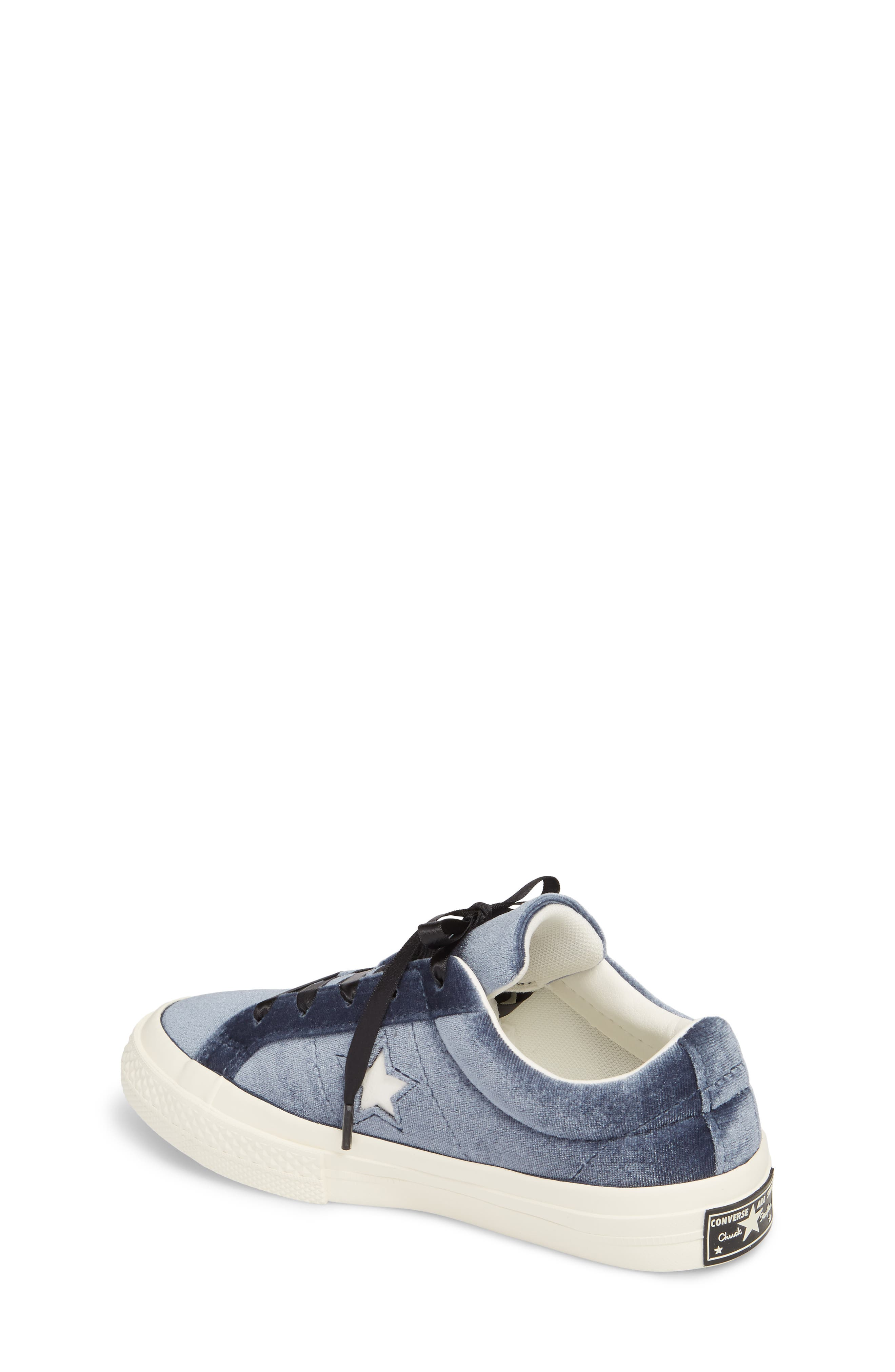Chuck Taylor<sup>®</sup> All Star<sup>®</sup> One Star Velvet Platform Sneaker,                             Alternate thumbnail 5, color,