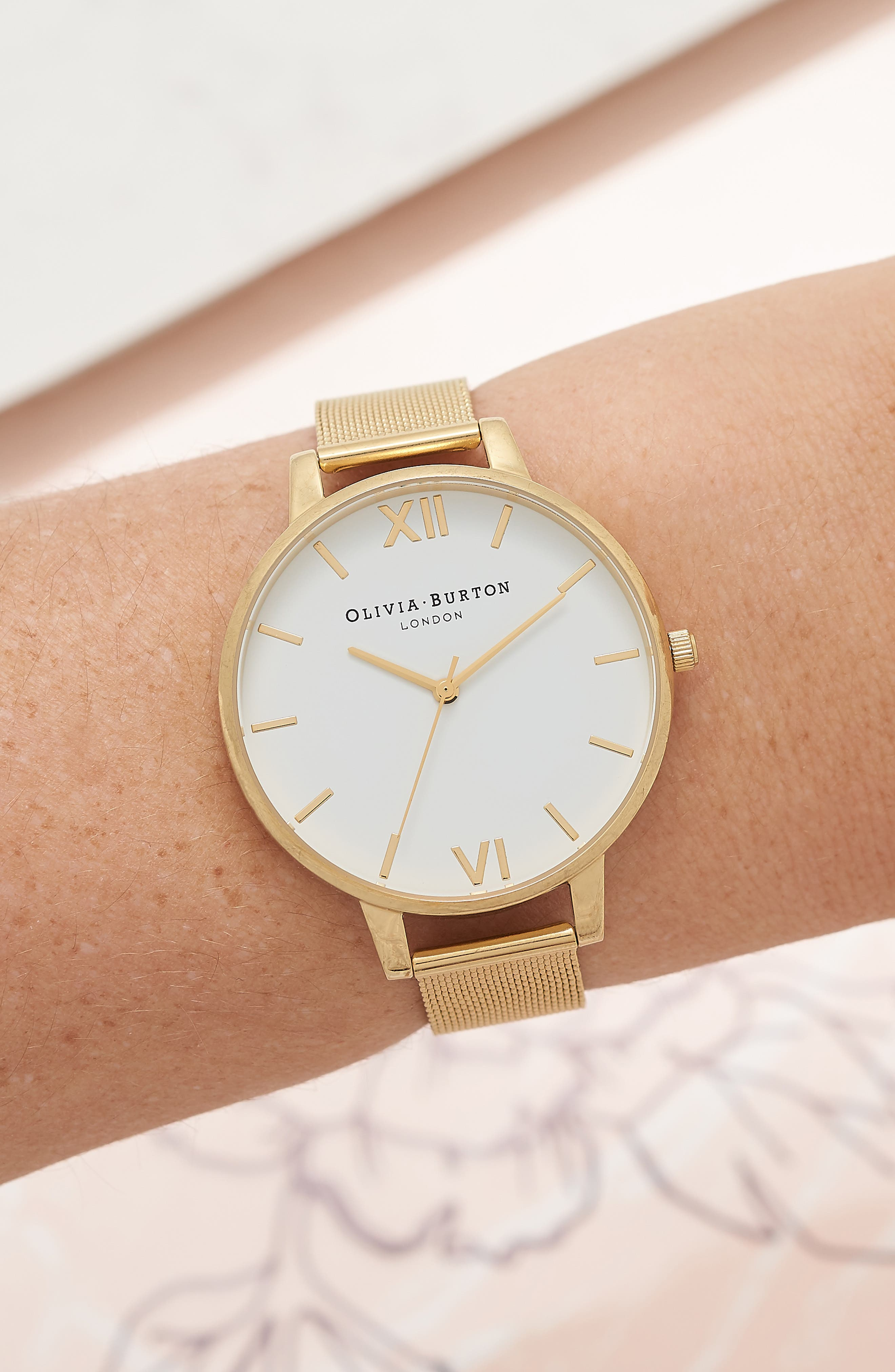 'Big Dial' Mesh Strap Watch, 38mm,                             Alternate thumbnail 2, color,                             GOLD/ WHITE