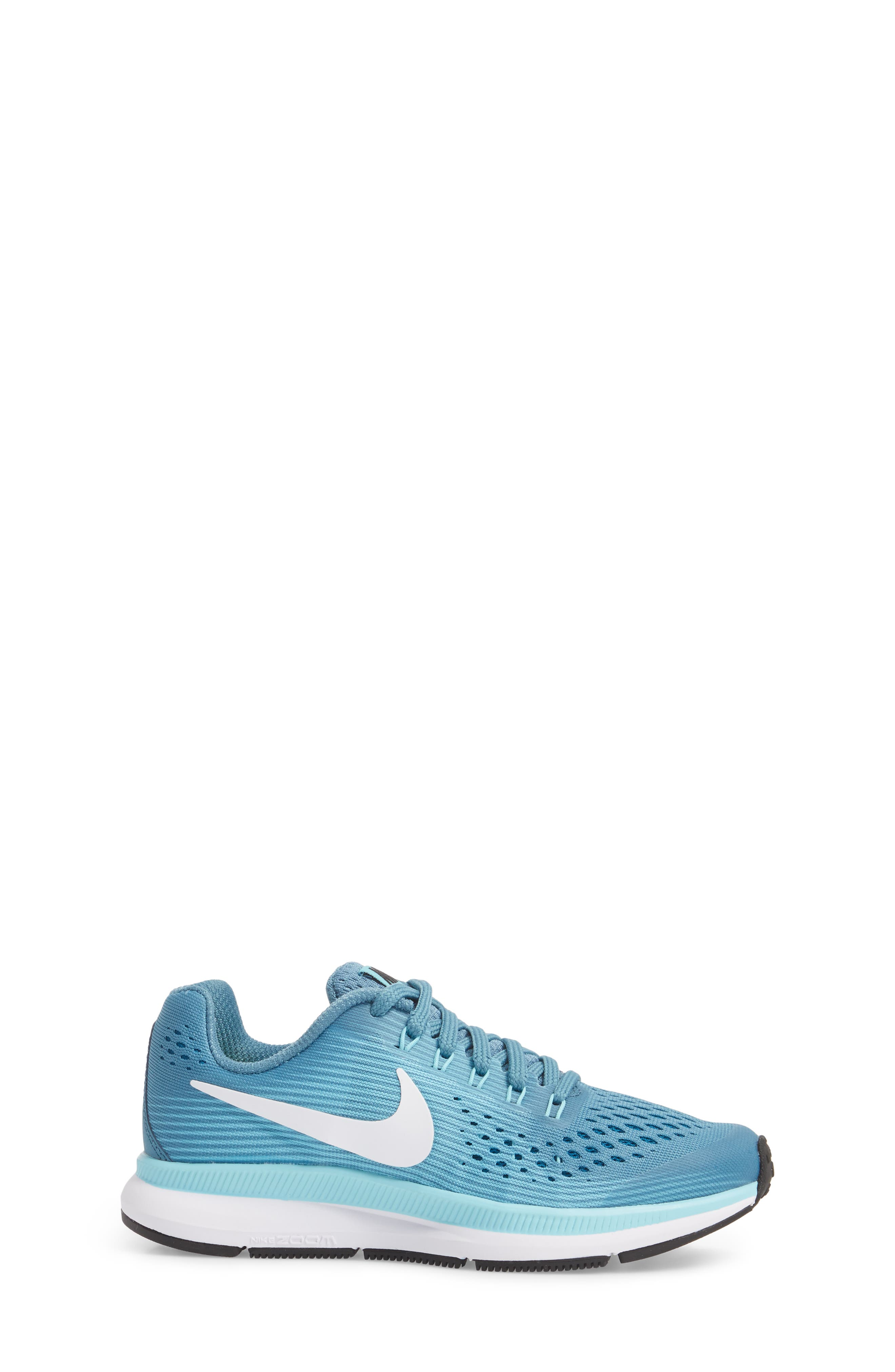 Zoom Pegasus 34 Sneaker,                             Alternate thumbnail 11, color,