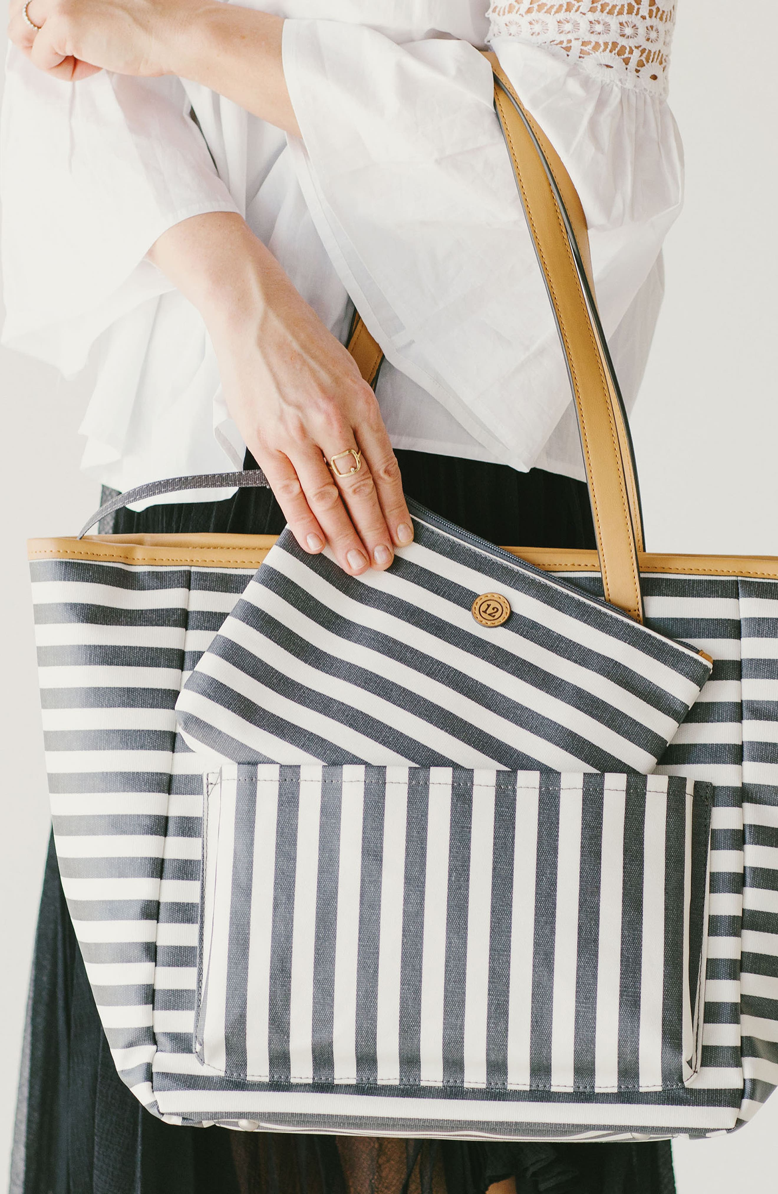 'Everyday' Diaper Tote,                             Alternate thumbnail 25, color,