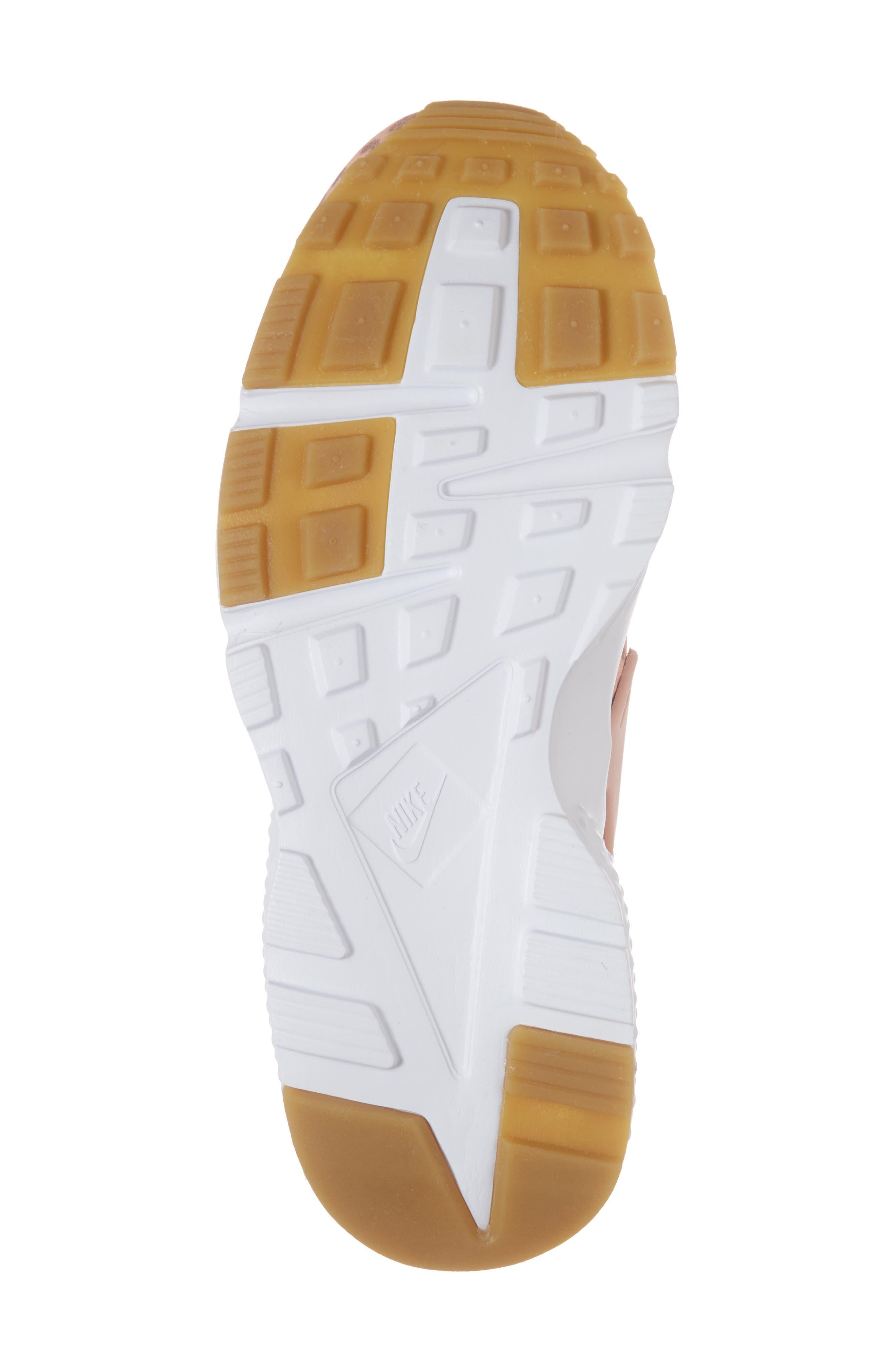 Huarache Run SE Sneaker,                             Alternate thumbnail 33, color,