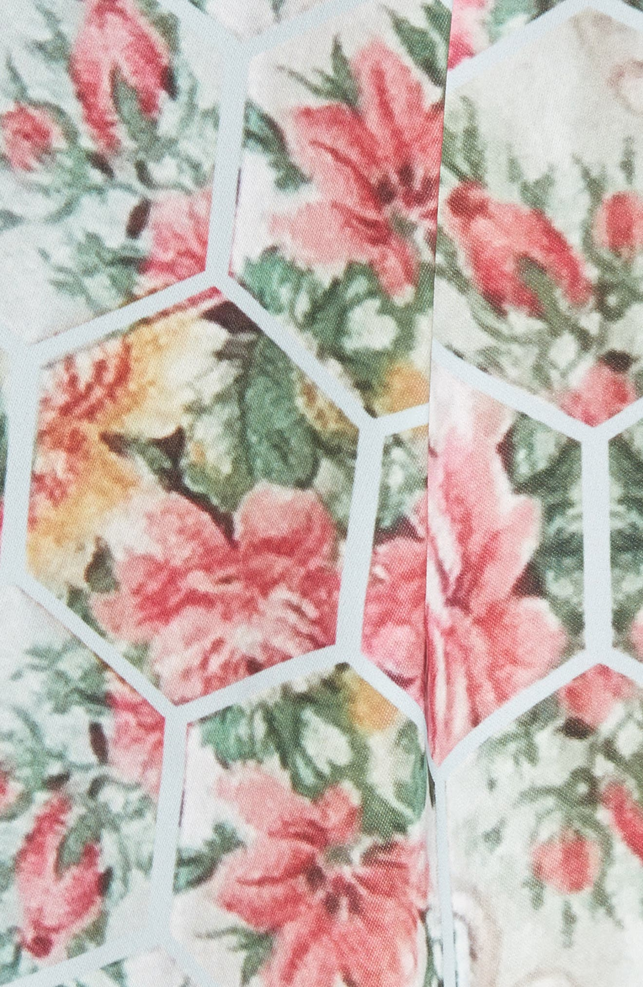 Kisey Floral Honeycomb Print Top,                             Alternate thumbnail 5, color,                             451