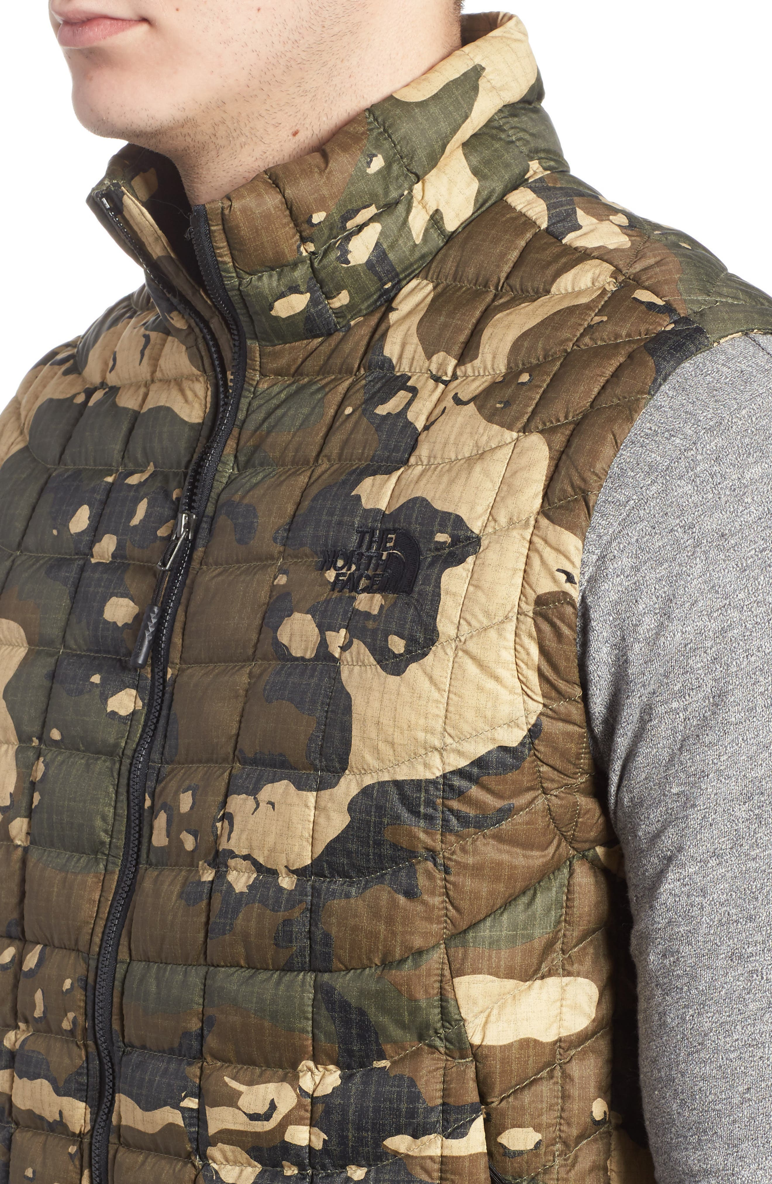 'ThermoBall<sup>™</sup>' Packable PrimaLoft<sup>®</sup> Vest,                             Alternate thumbnail 60, color,