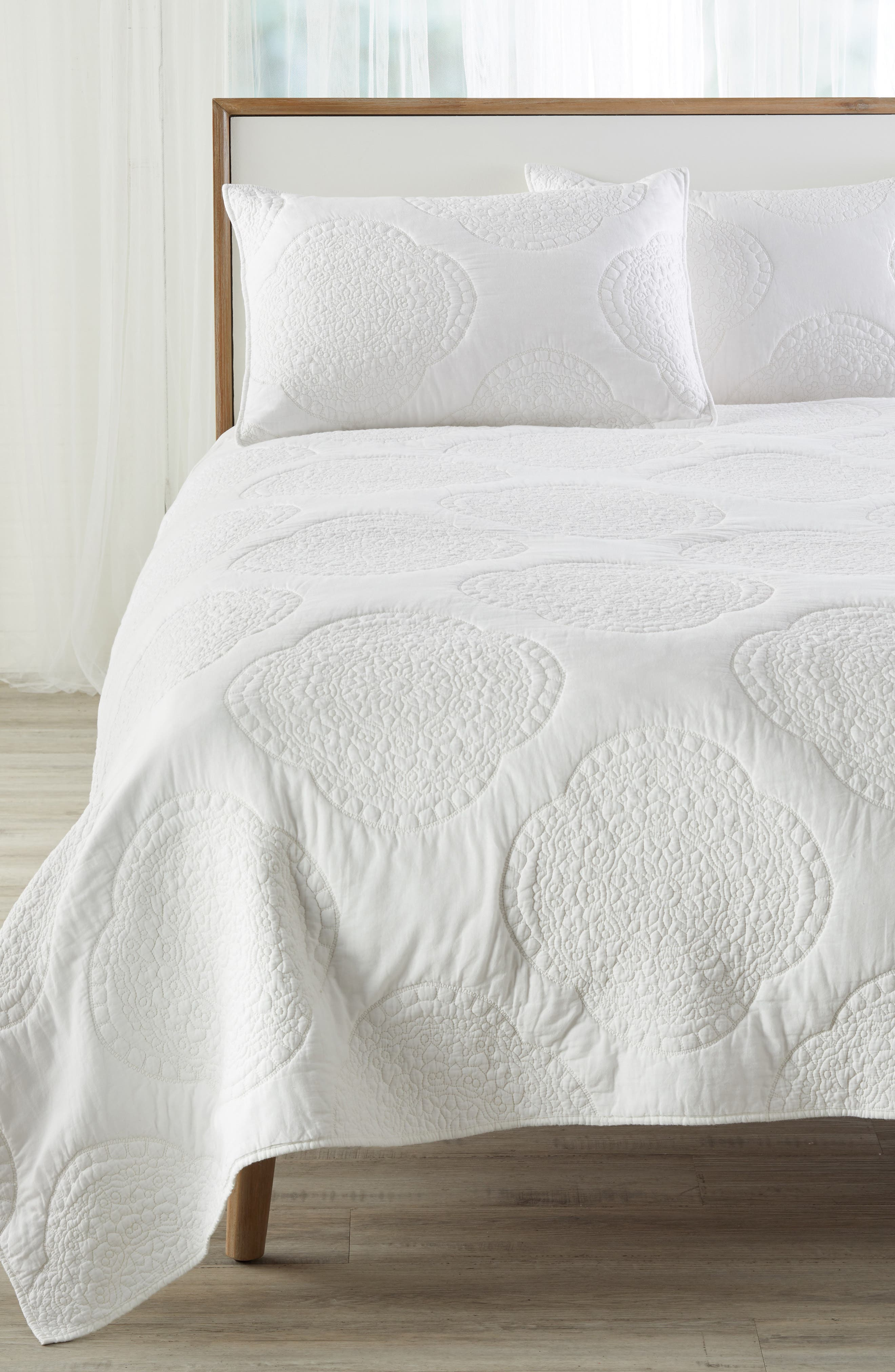 Anise Quilt,                         Main,                         color, 100