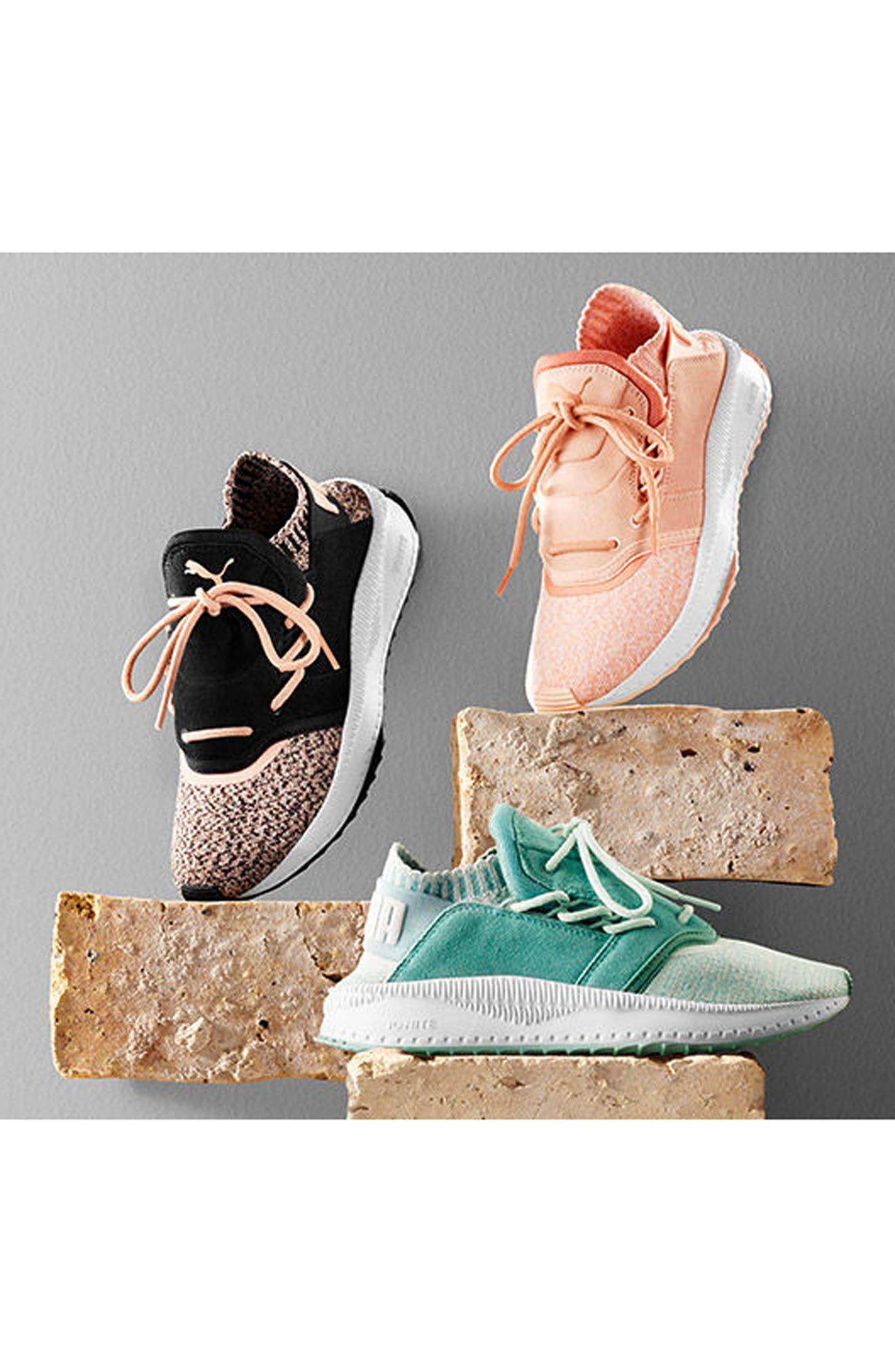 PUMA,                             IGNITE Flash evoKNIT Training Shoe,                             Alternate thumbnail 8, color,                             001